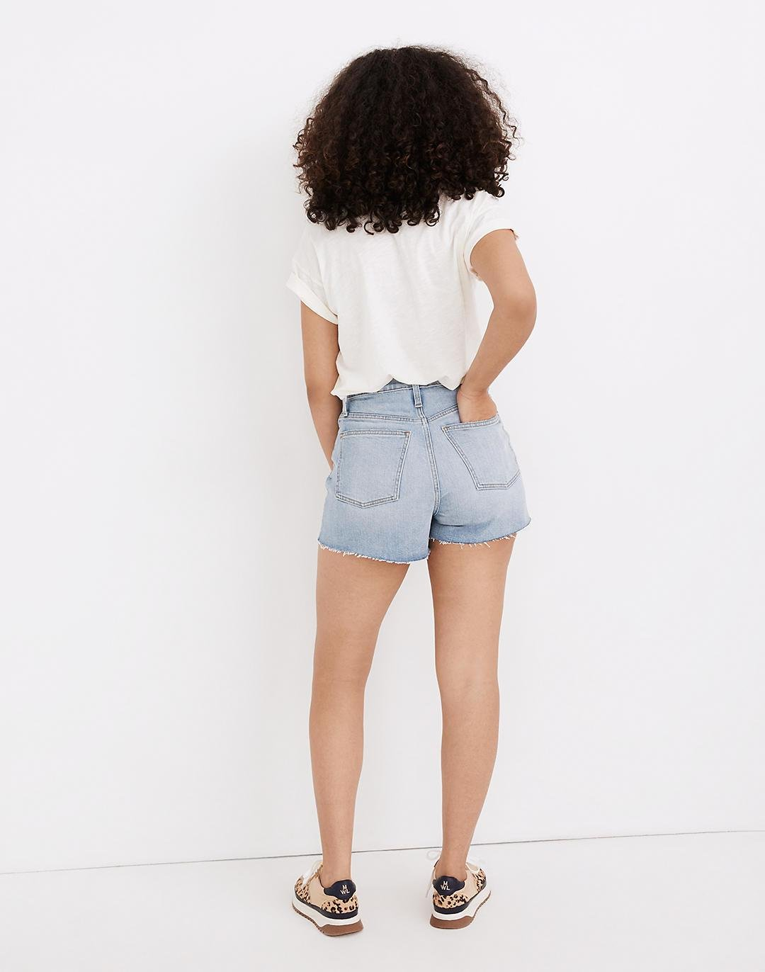 The Curvy Perfect Jean Short in Baylis Wash 2