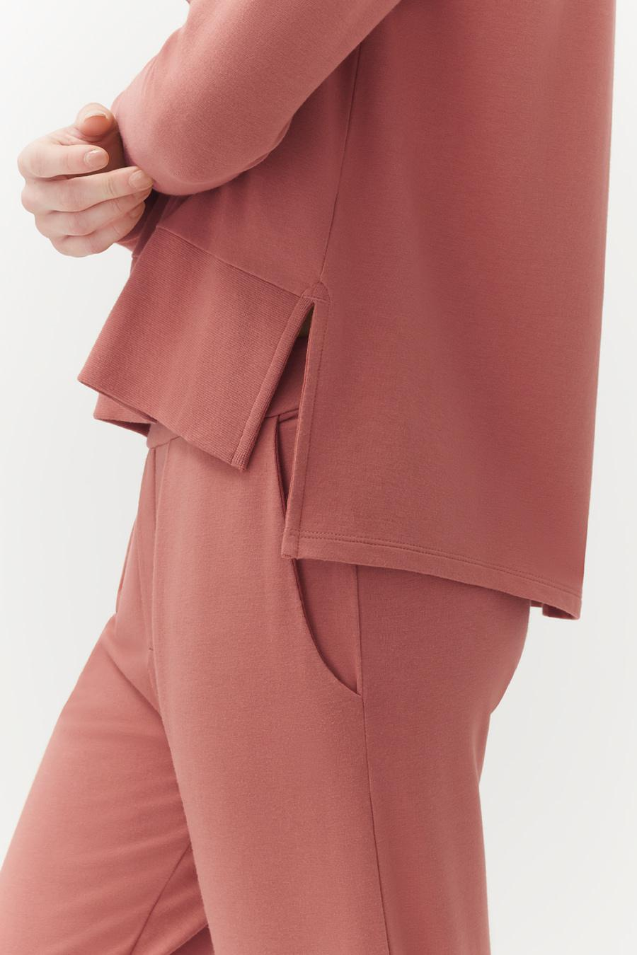 Women's French Terry Pleated Front Pant in Passion Fruit | Size: 3