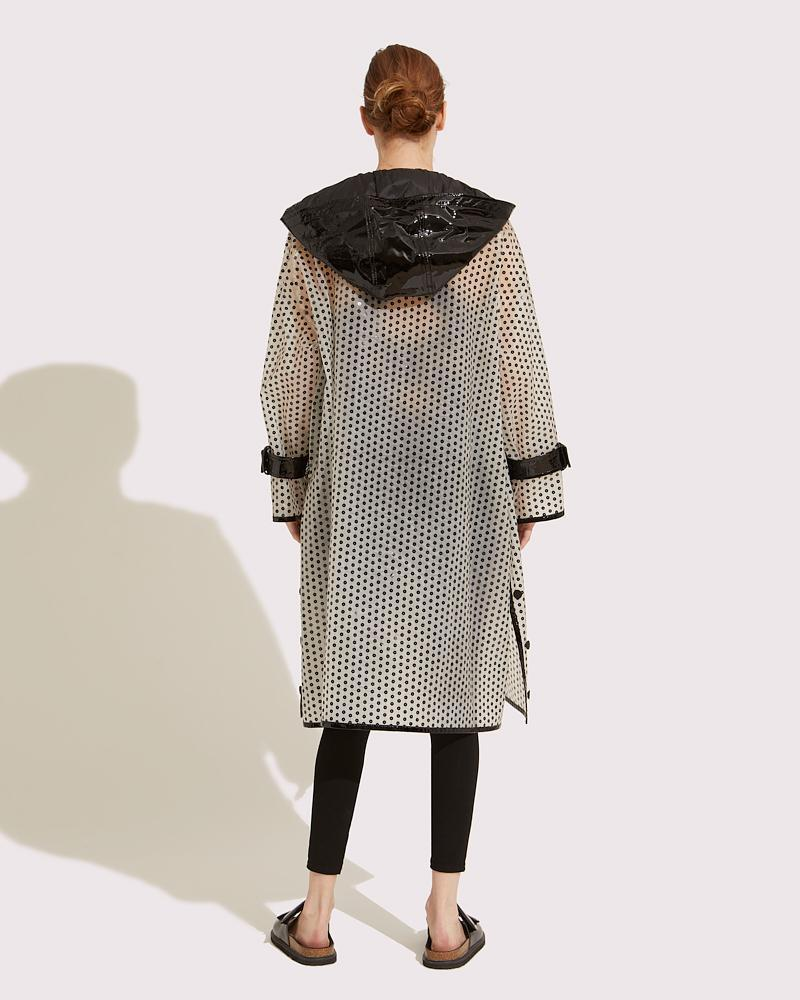 Long embroidered coat 2