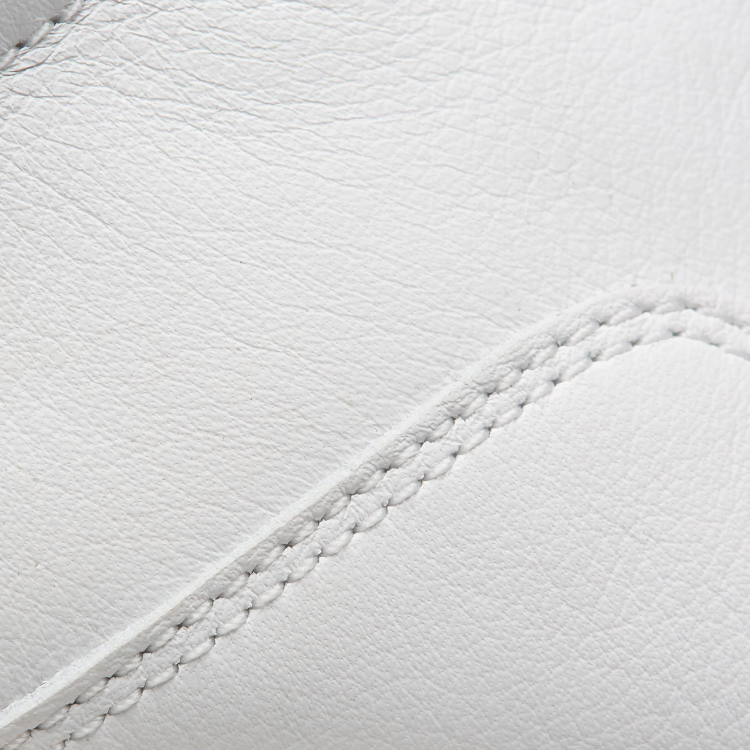 The Court Sneaker 6