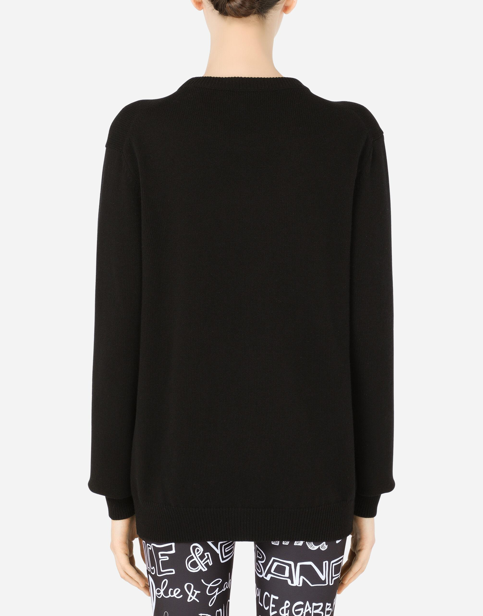 Cashmere sweater with DG heart intarsia and pearl embellishment 1