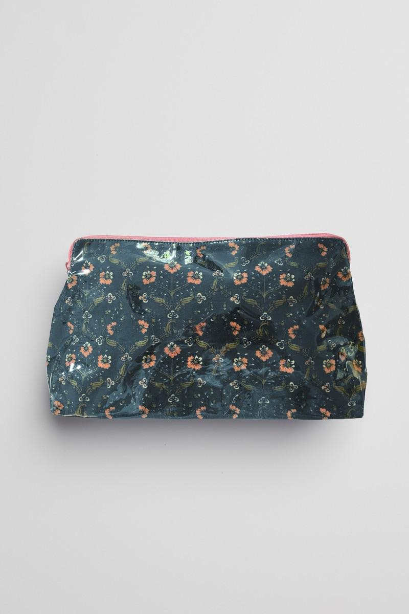 HAMPTON MAKEUP BAG