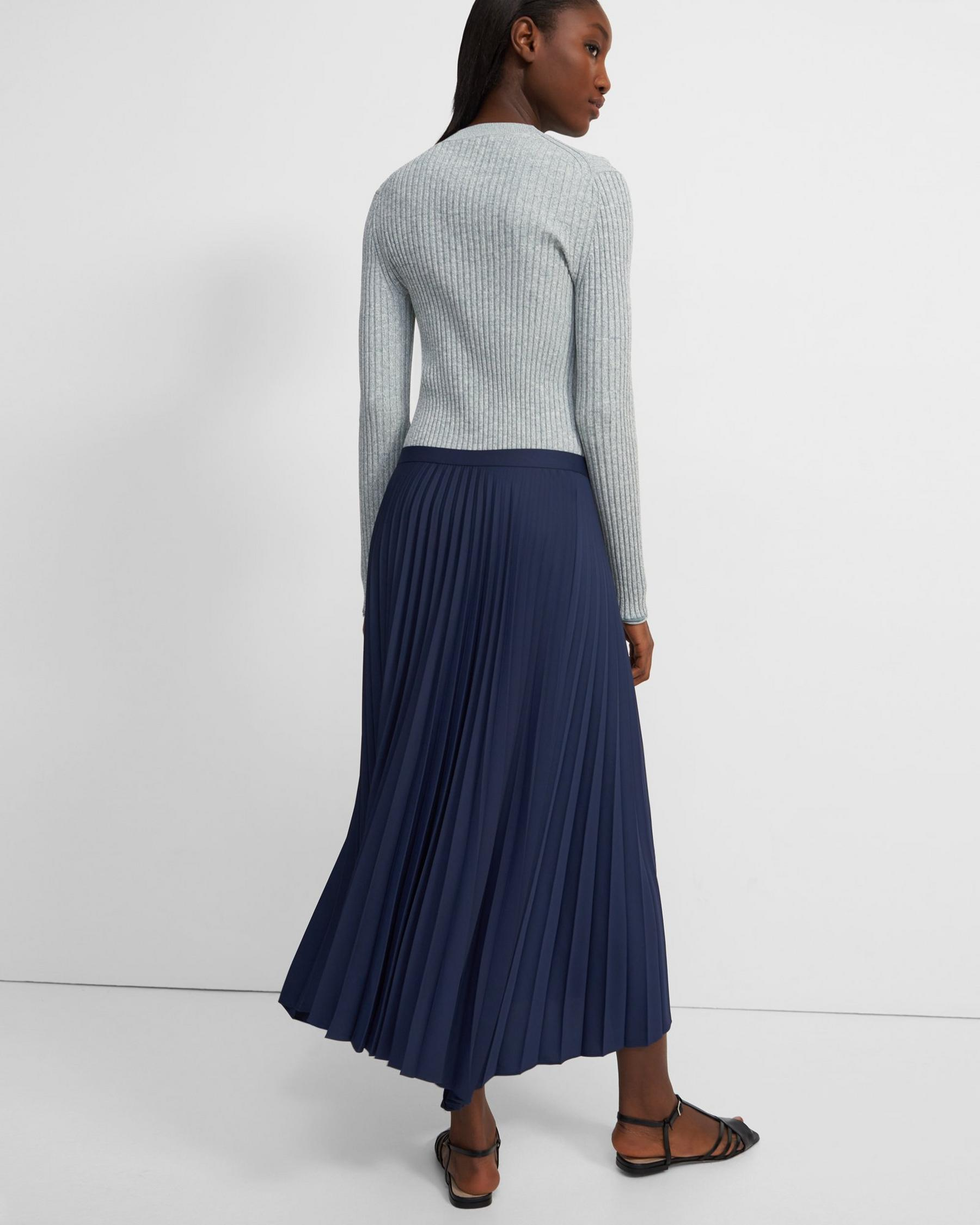 Pleated Skirt in Satin Crepe 2
