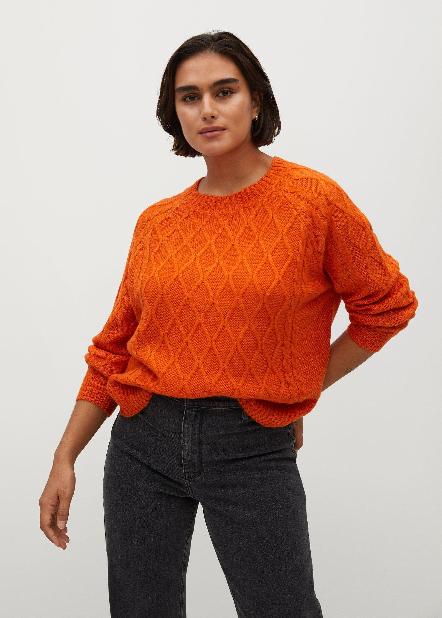 Cable-knit sweater 1