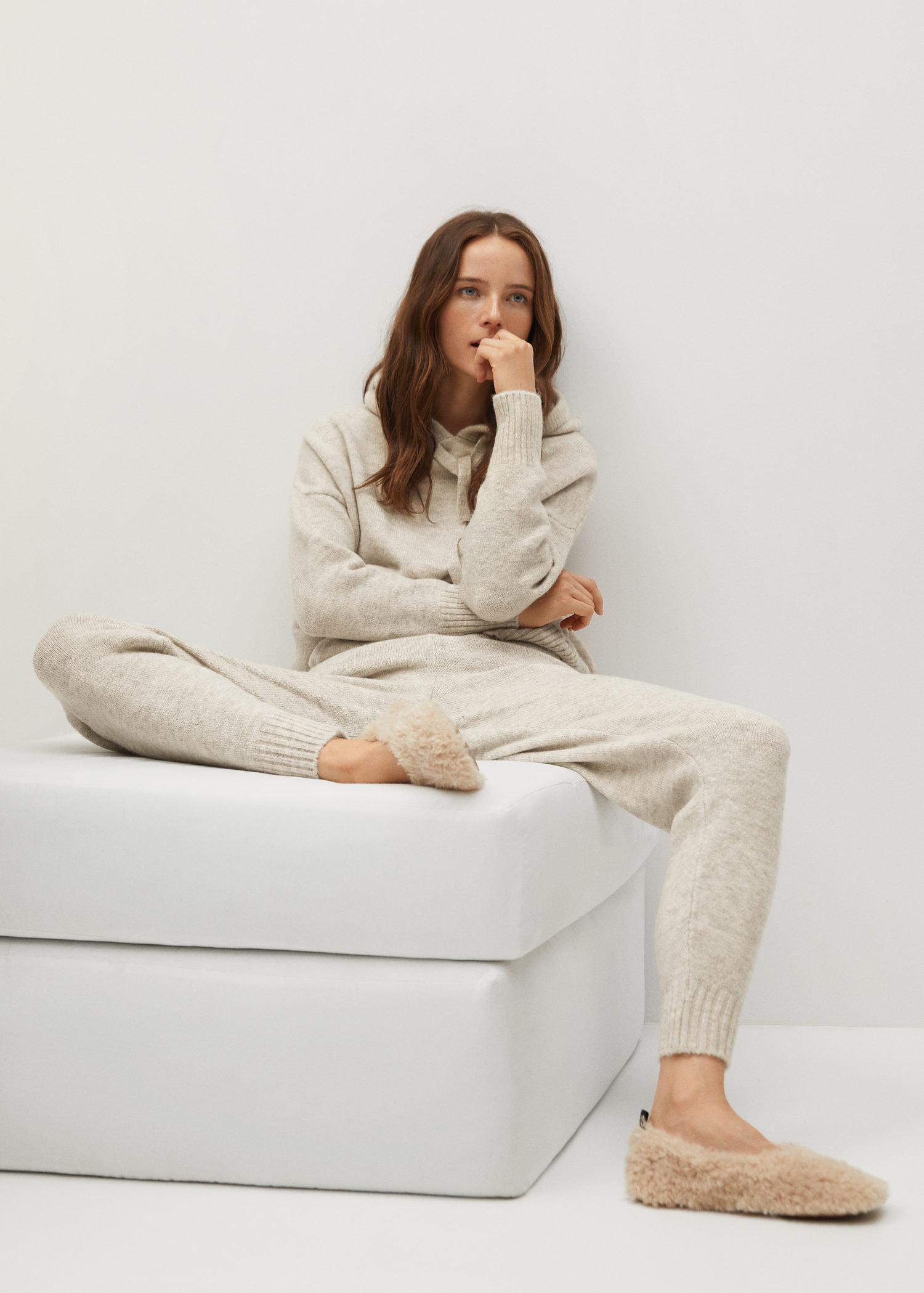 Knit jogger-style trousers 3