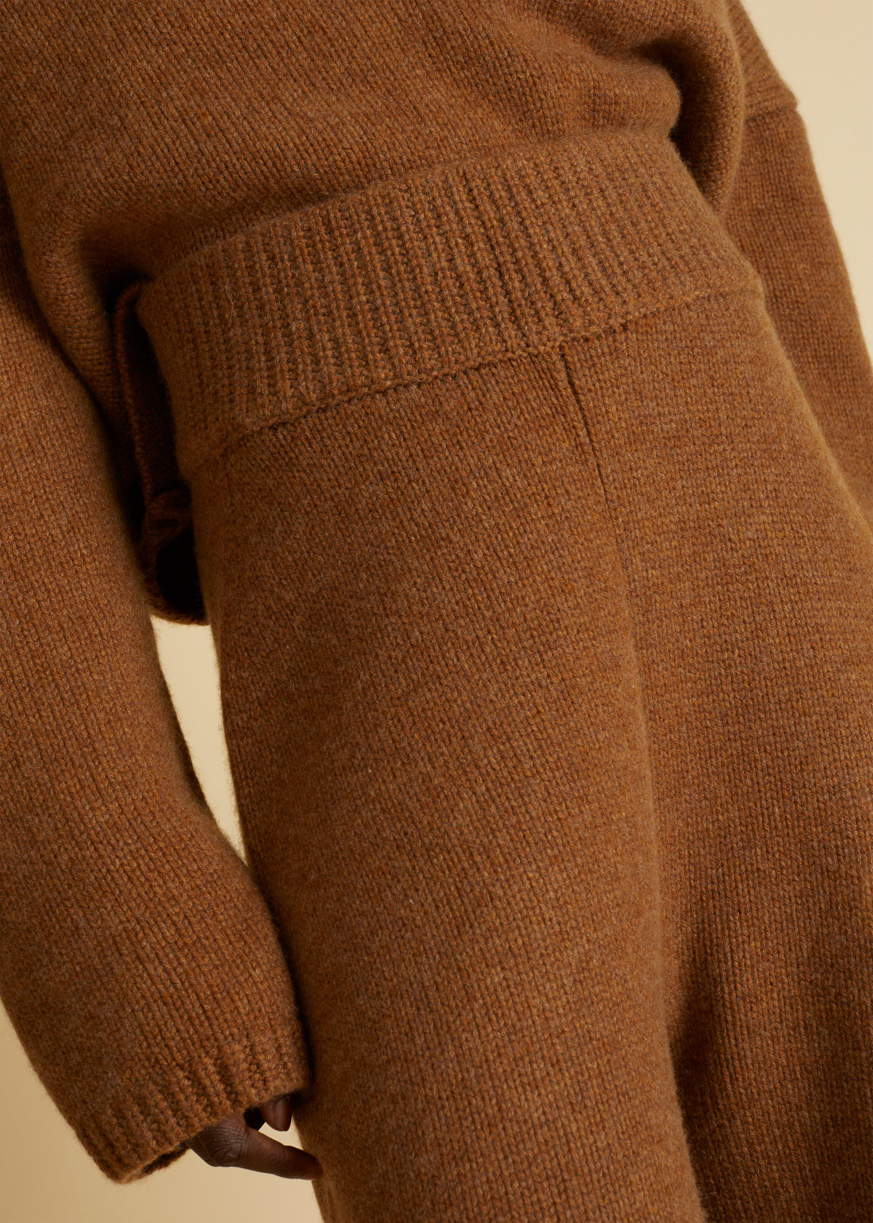 The Joey Pant in Walnut 4