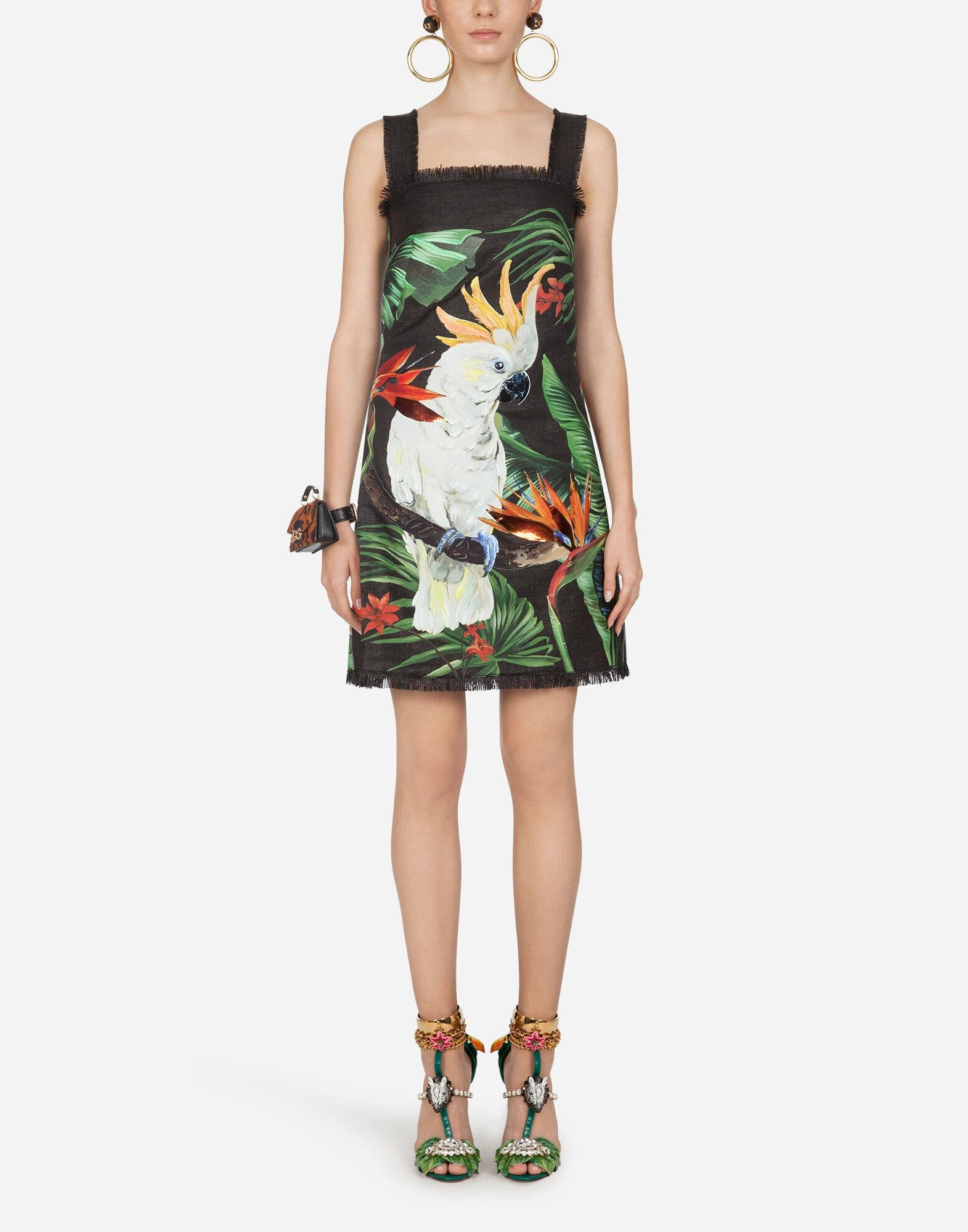 Short dress in raffia jacquard with parrot
