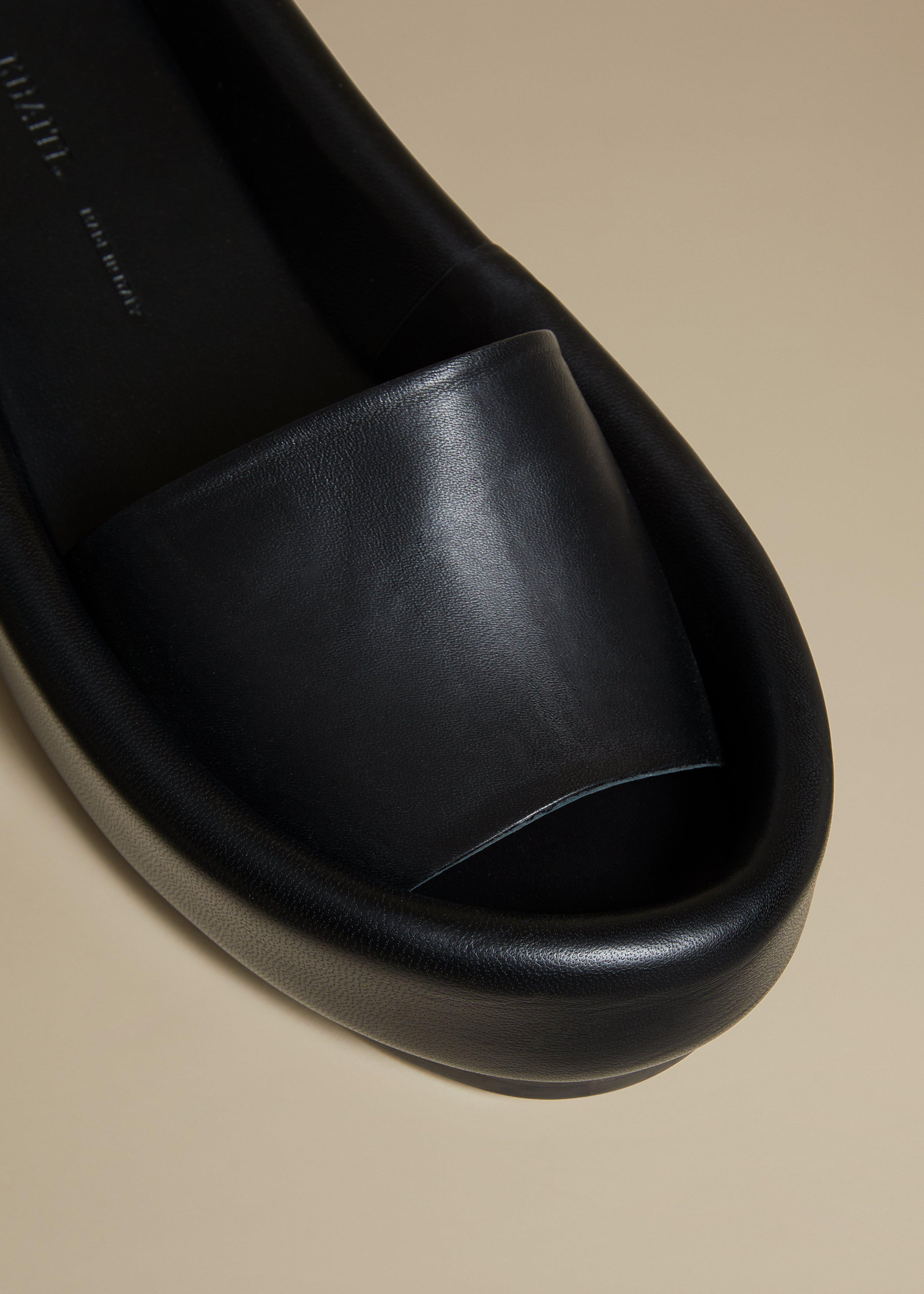 The Venice Sandal in Black Leather 2