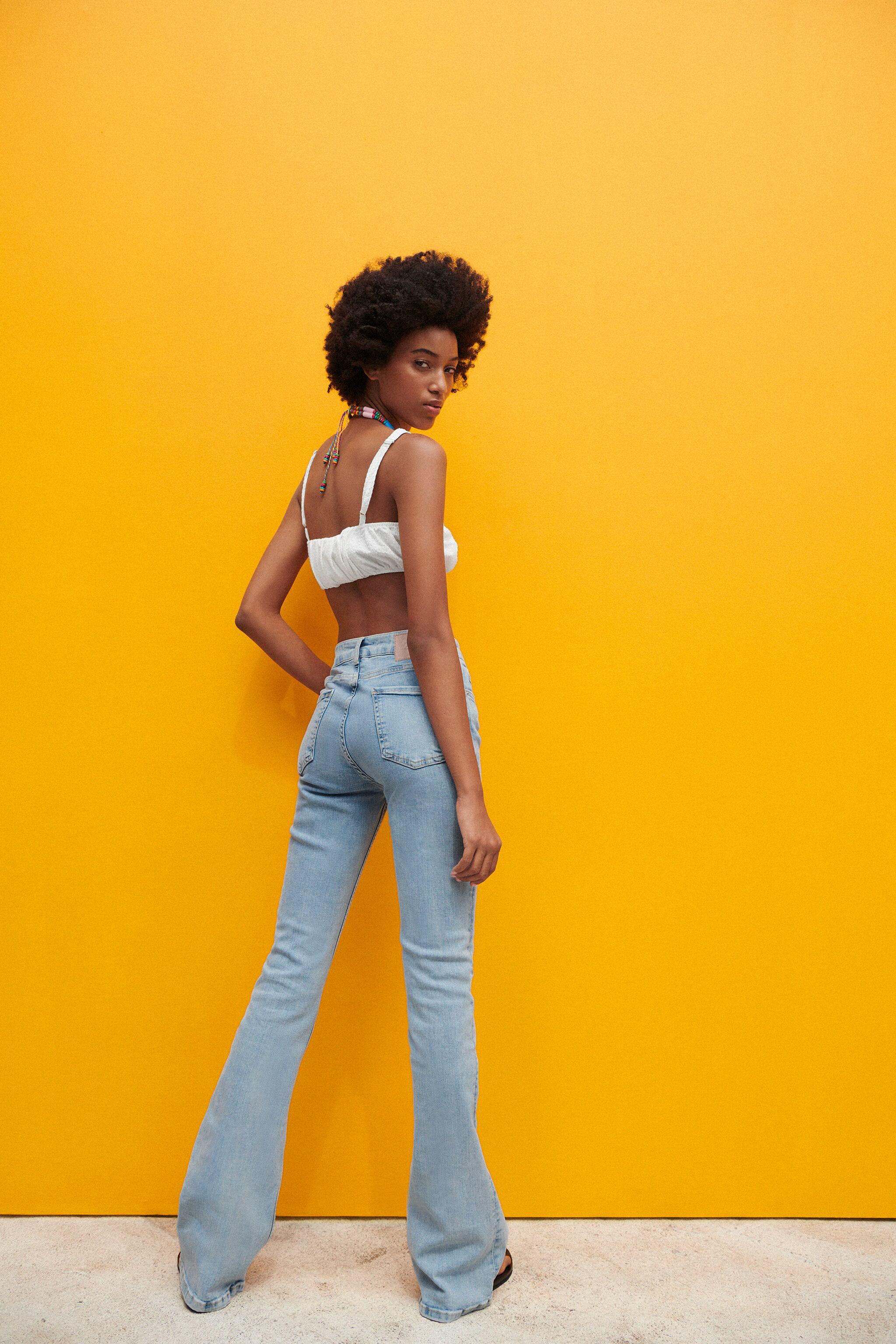 Z1975 HIGH RISE FLARED JEANS 2