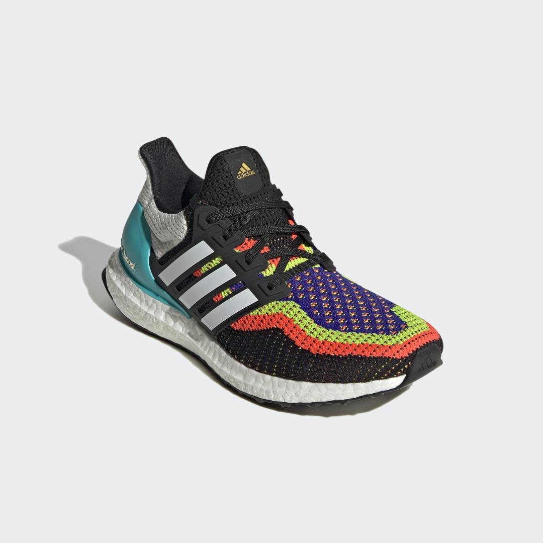 Ultraboost DNA Shoes Black 6 - Womens Running Shoes