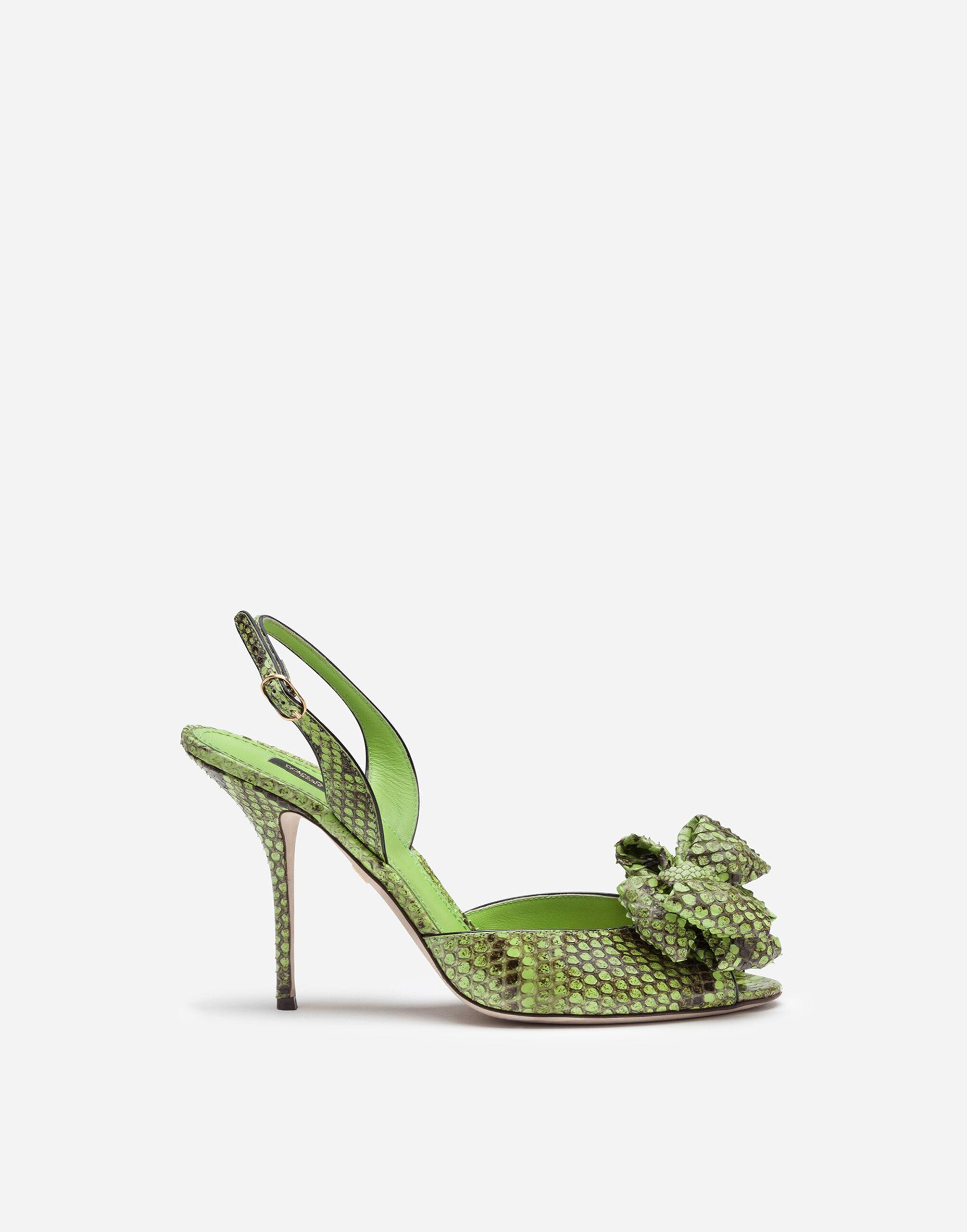 Sandals in python with bow