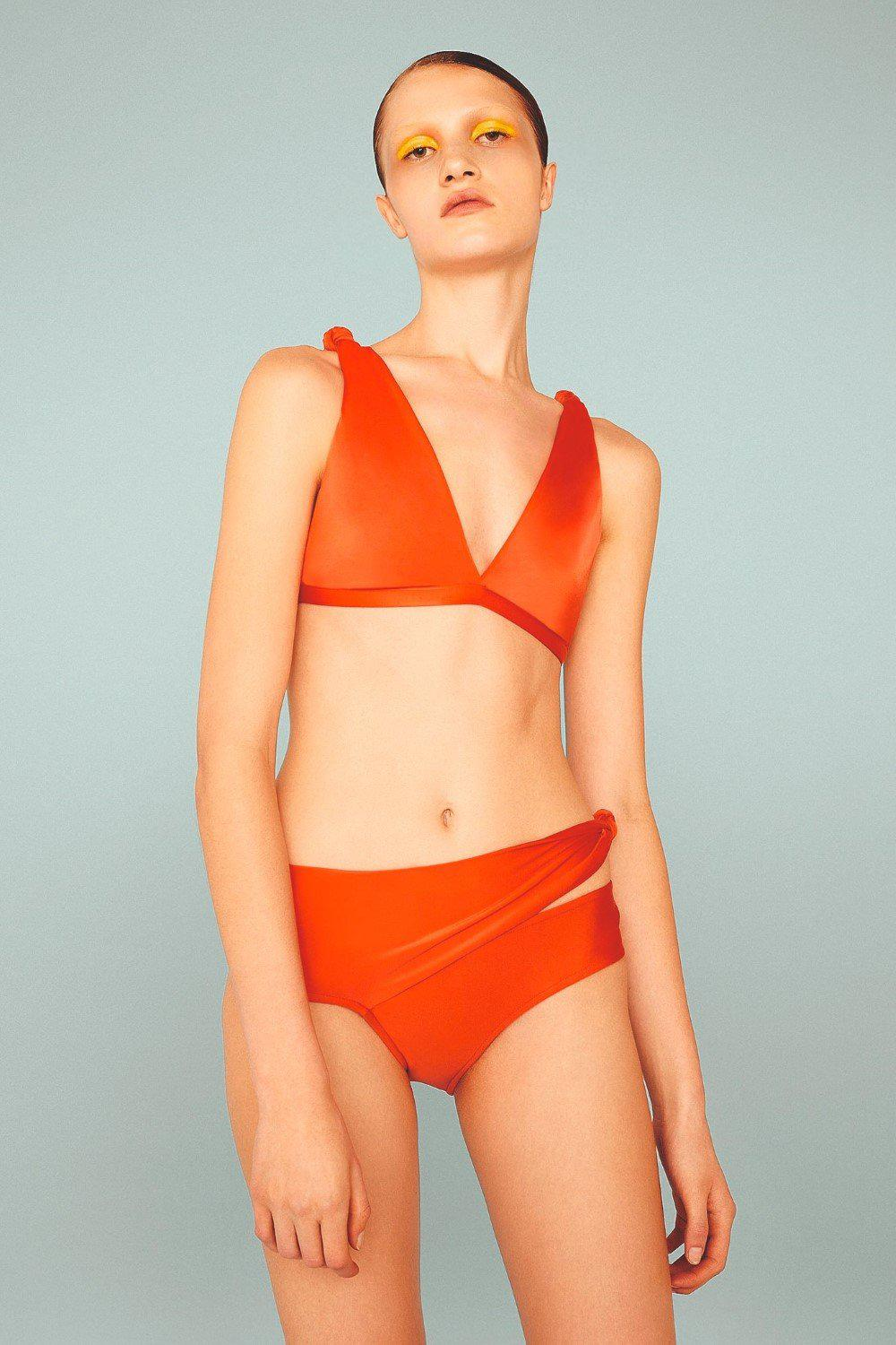 Solid Bikini With Knot Detail