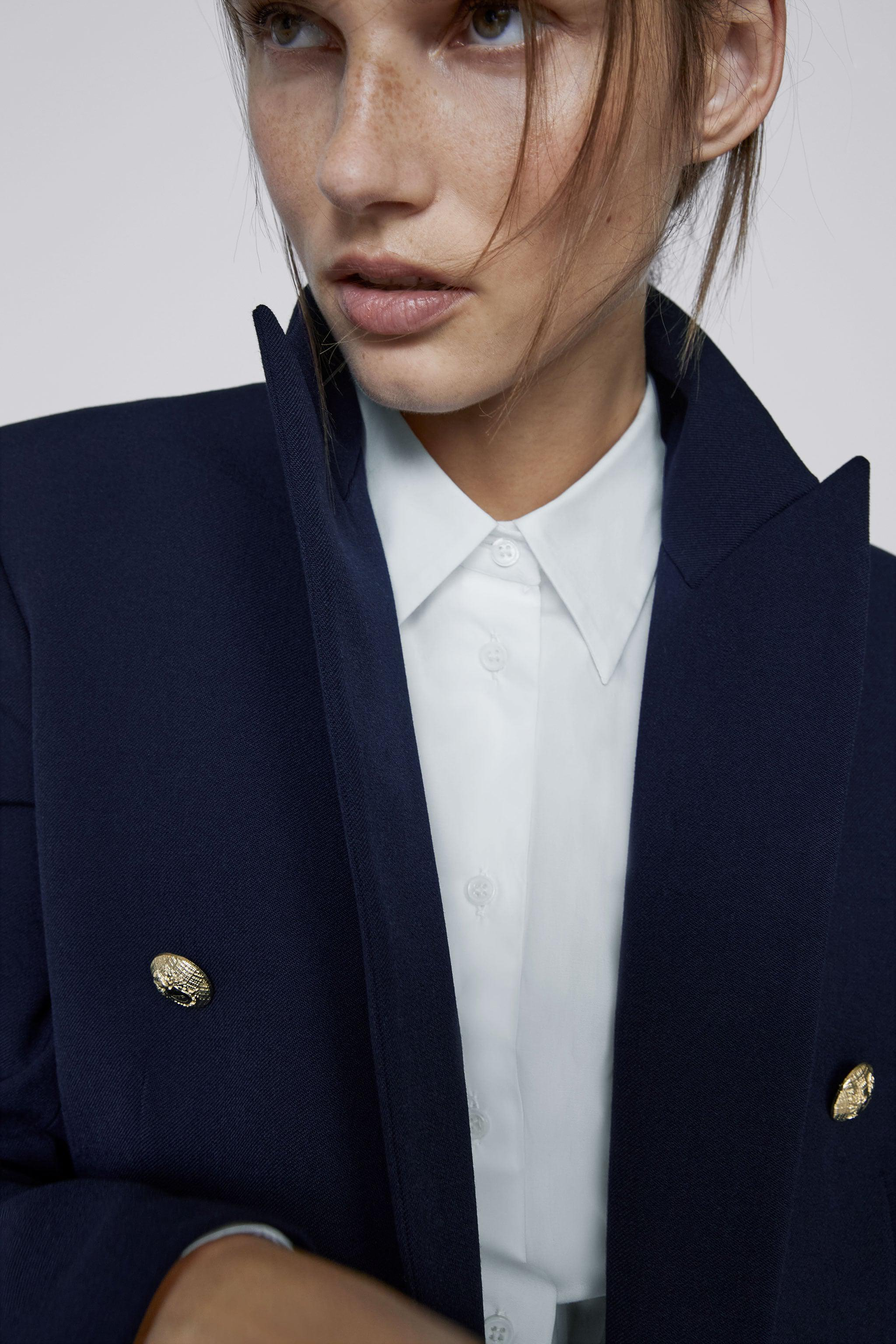 TAILORED BLAZER WITH BUTTONS 2