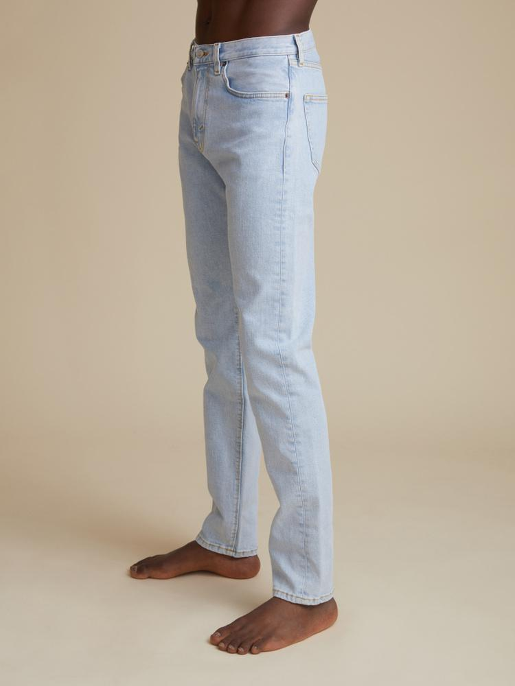 TM005 Tapered Jeans 2