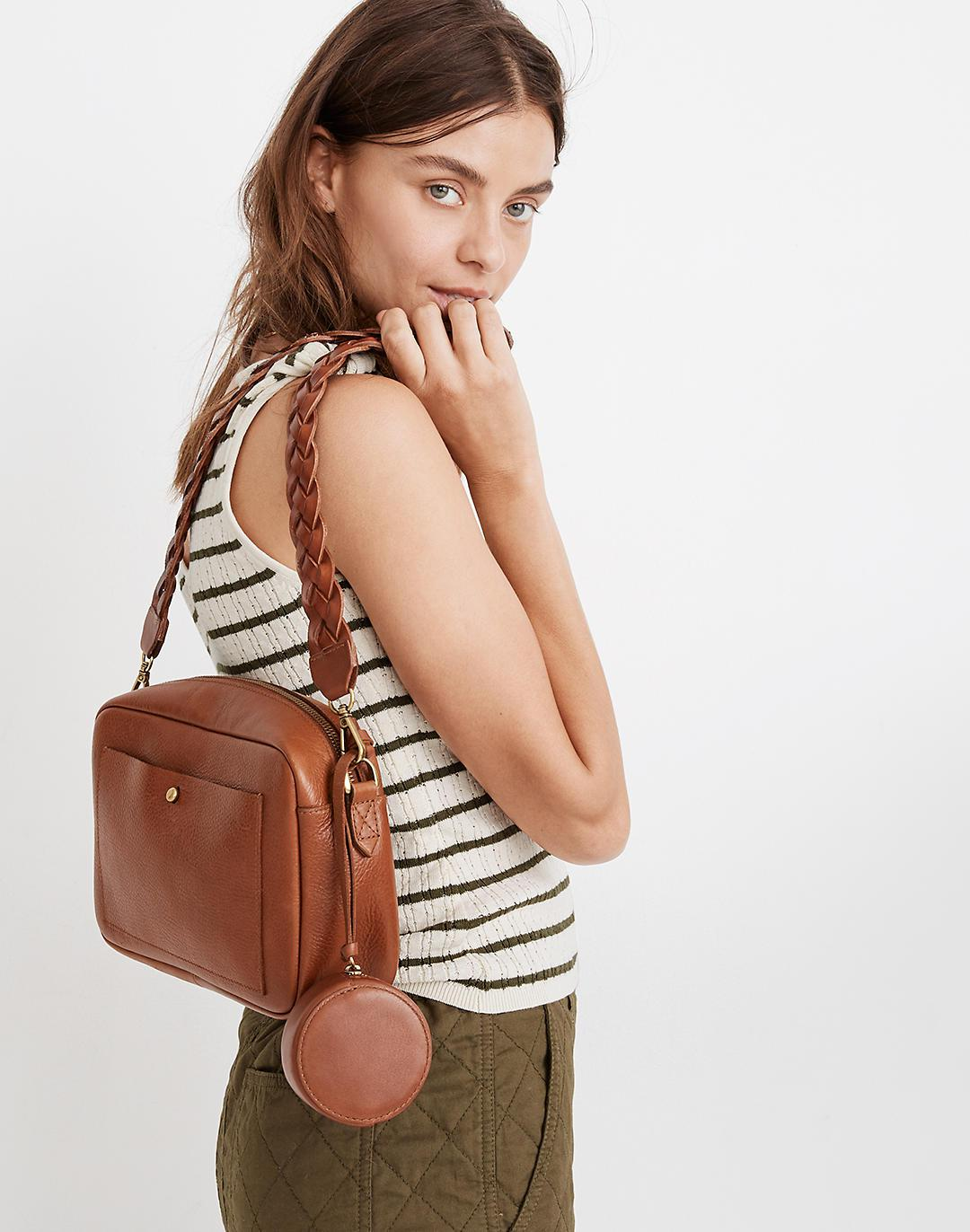 The Earbud Circle Pouch in Leather 2