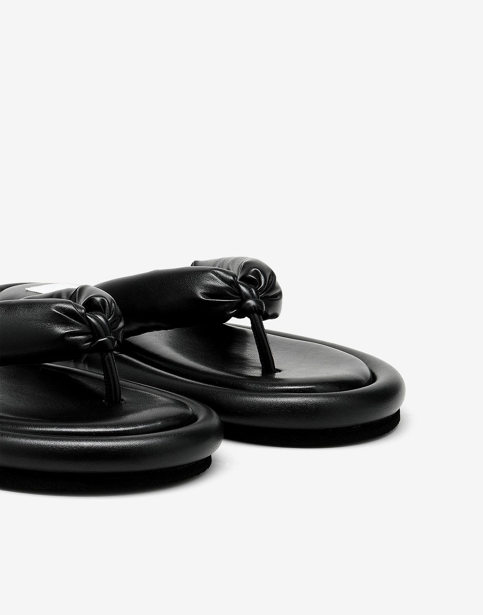 Padded sandals 4