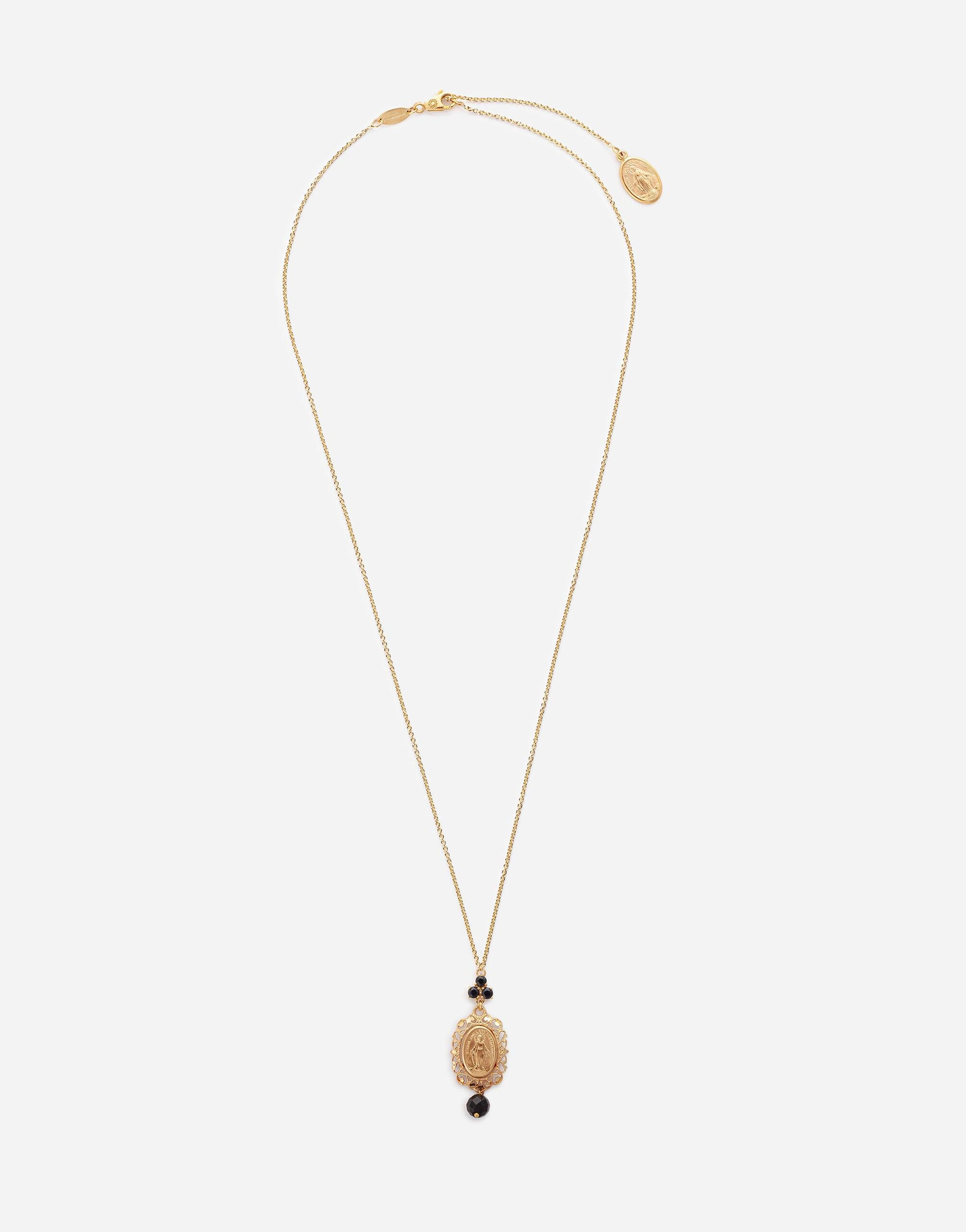 Sicily pendant with medal on yellow gold chain