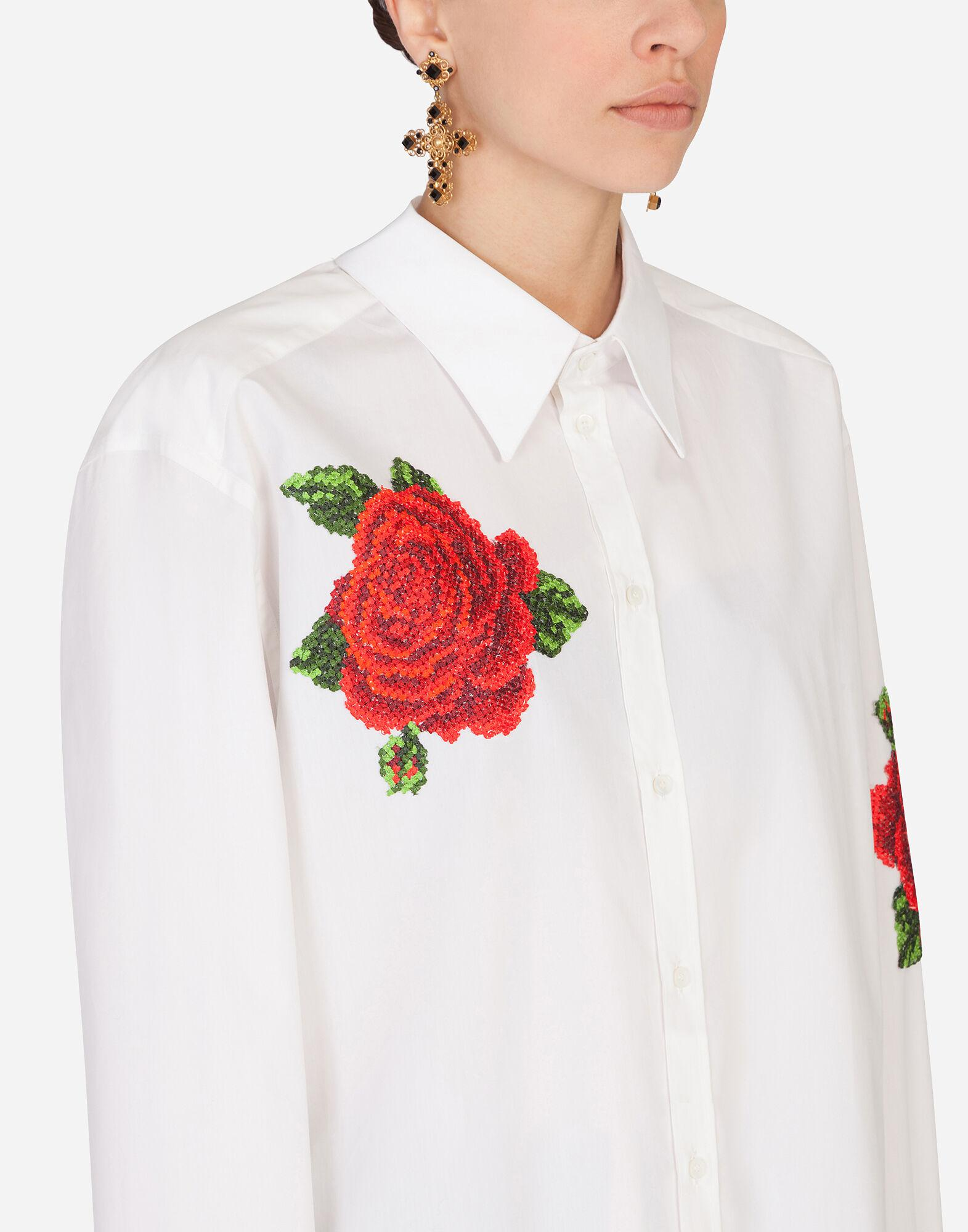 Shirt with hand-embroidered roses 4