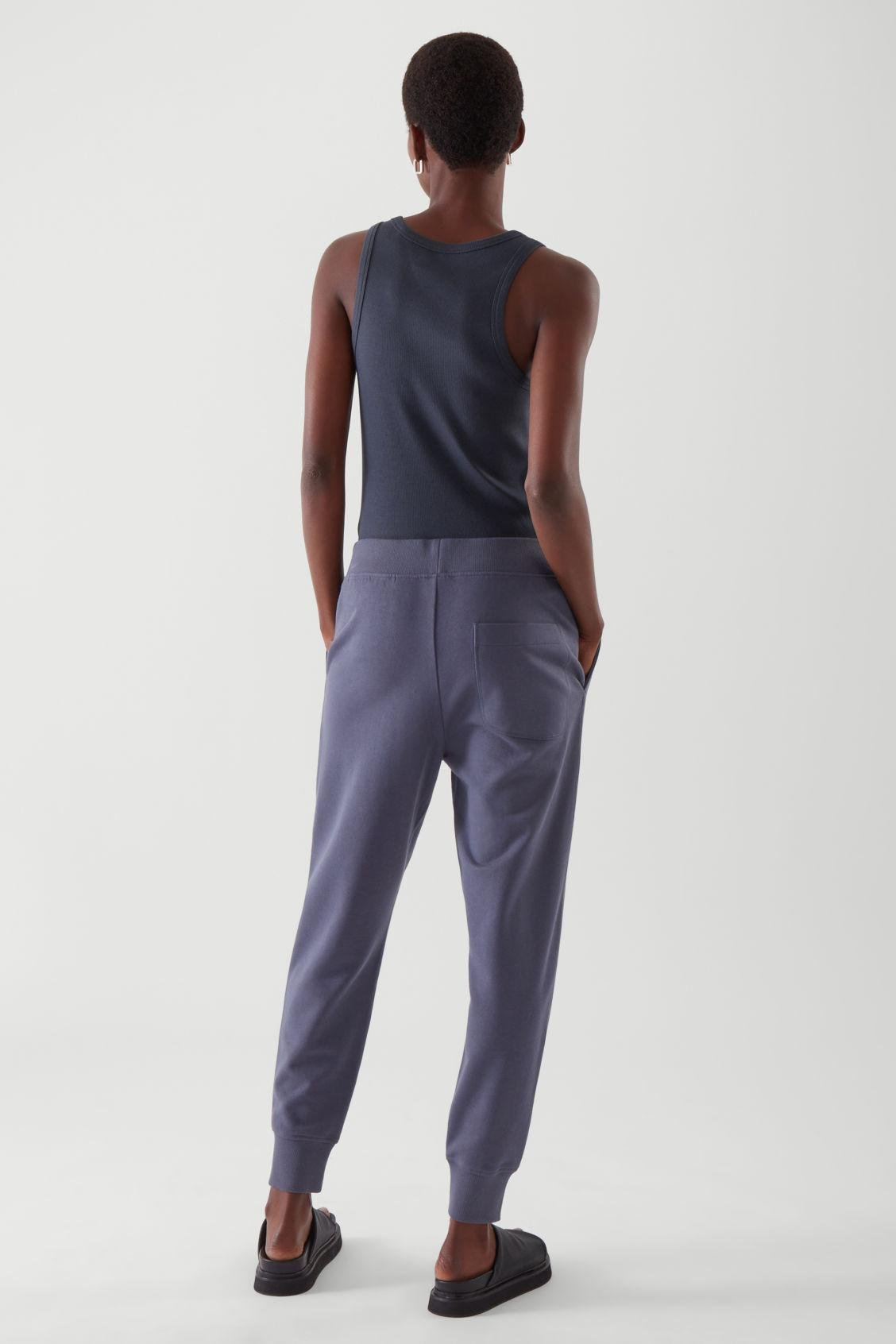 TAPERED JOGGERS 3