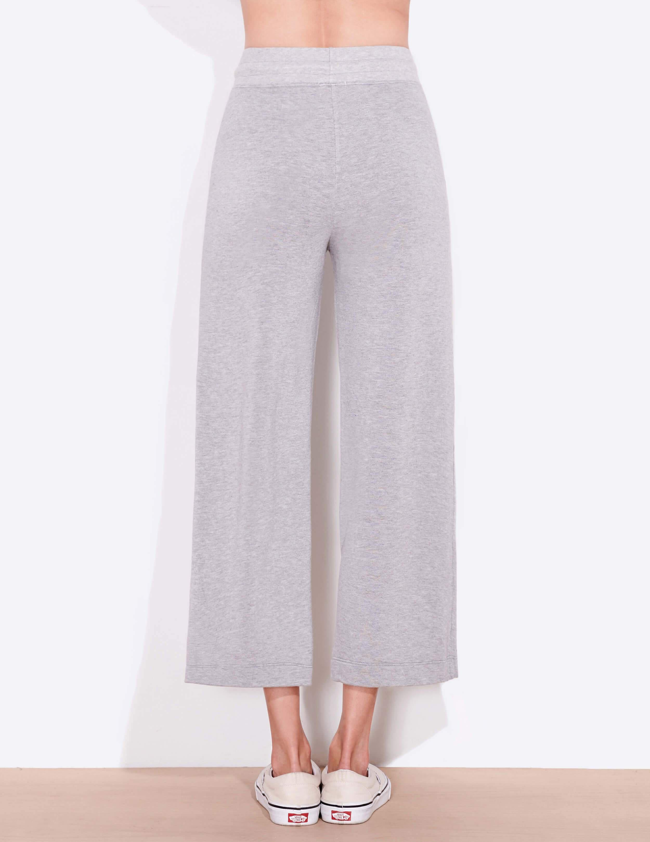 Cropped Flare Sweatpants 2
