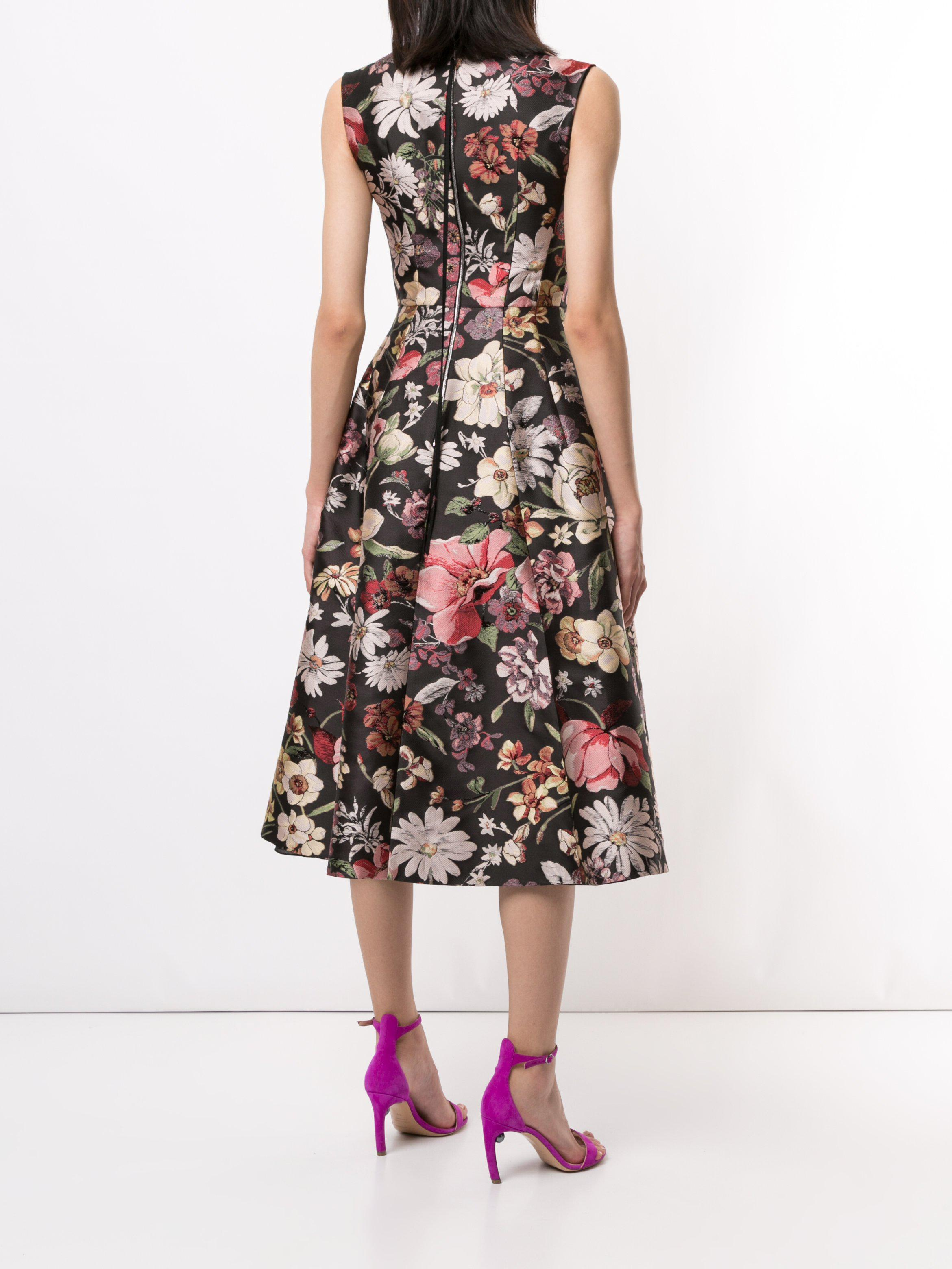 FIT AND FLARE DRESS IN JACQUARD 3