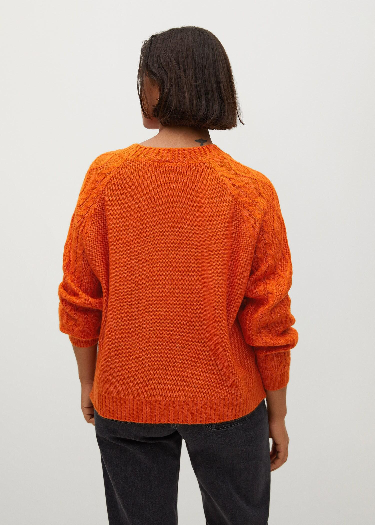Cable-knit sweater 2