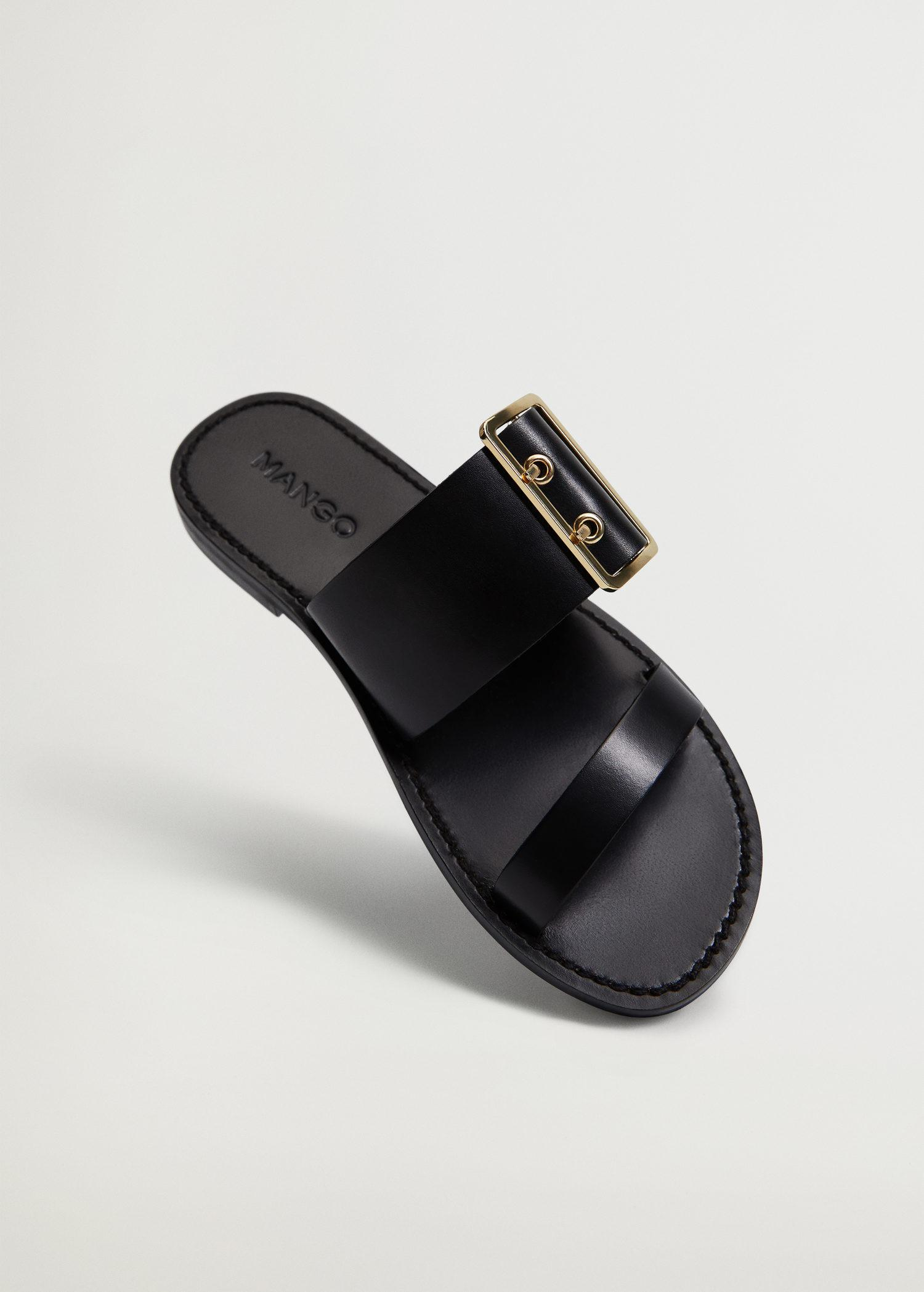 Buckle leather sandals 3