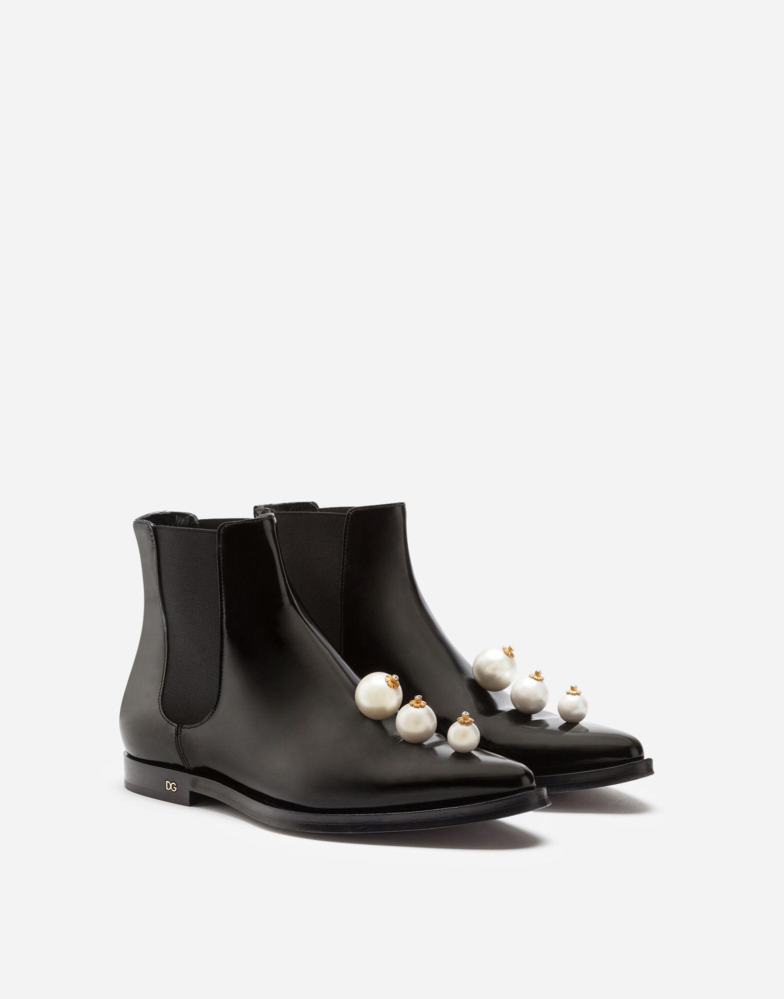 Polished calfskin chelsea boots with pearl embroidery 1