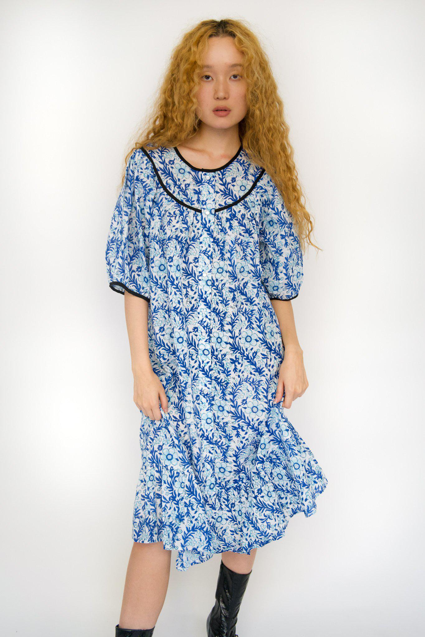 Snap Housedress in Blue Floral