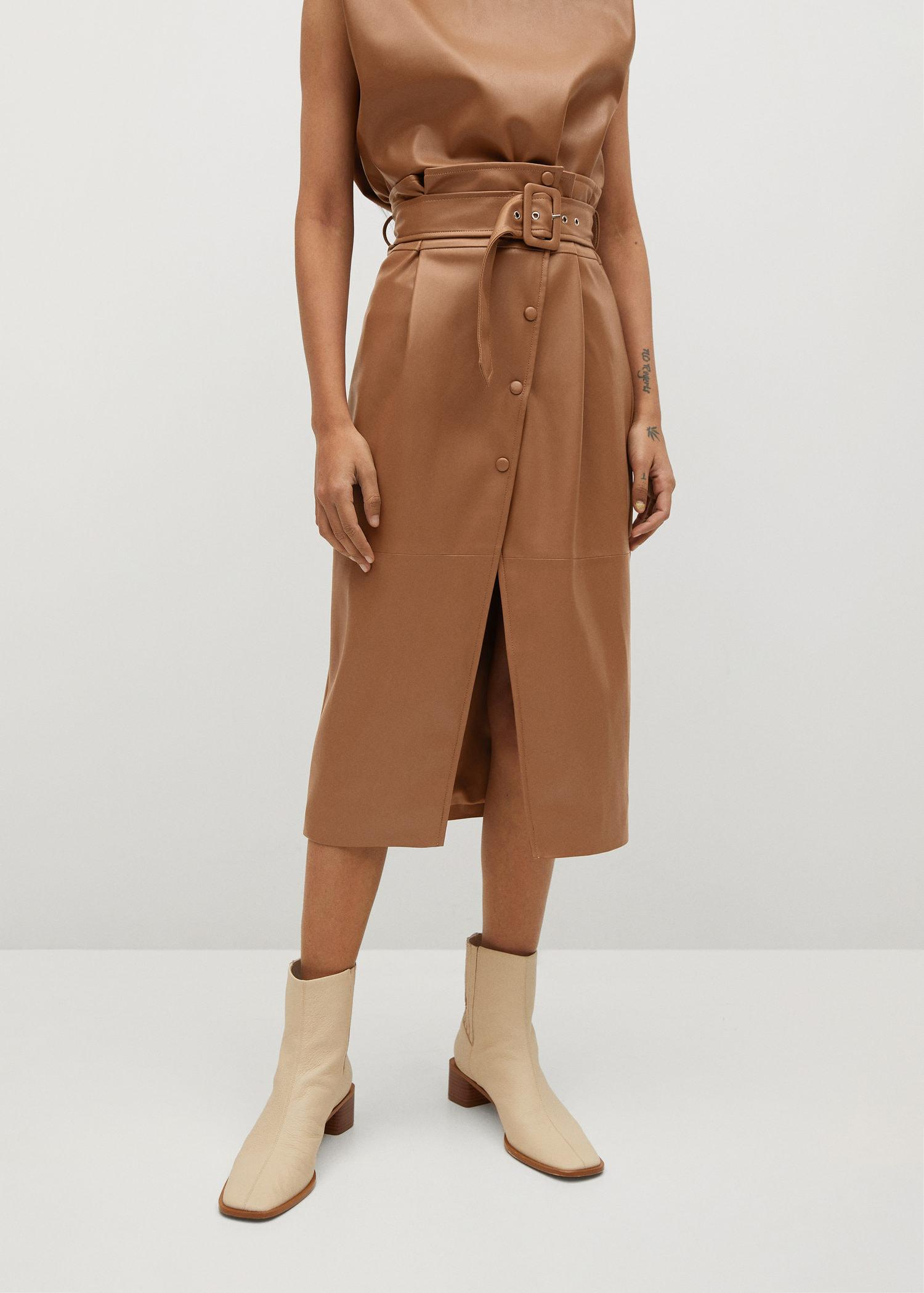 Buttons faux leather skirt