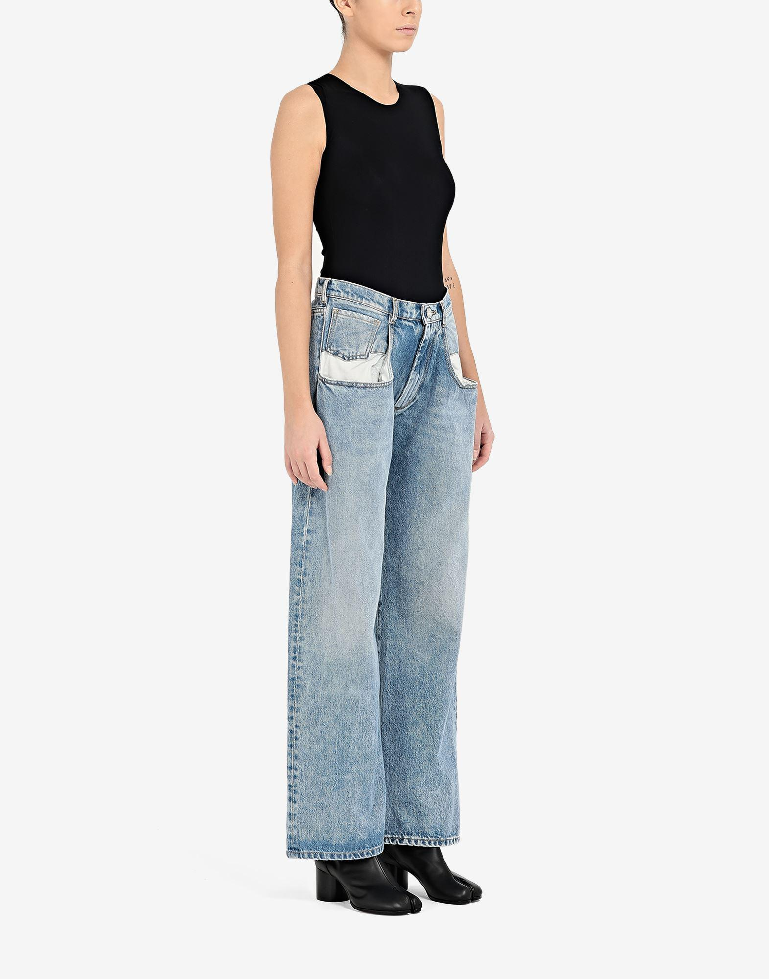 Straight jeans with contrasted pockets 1