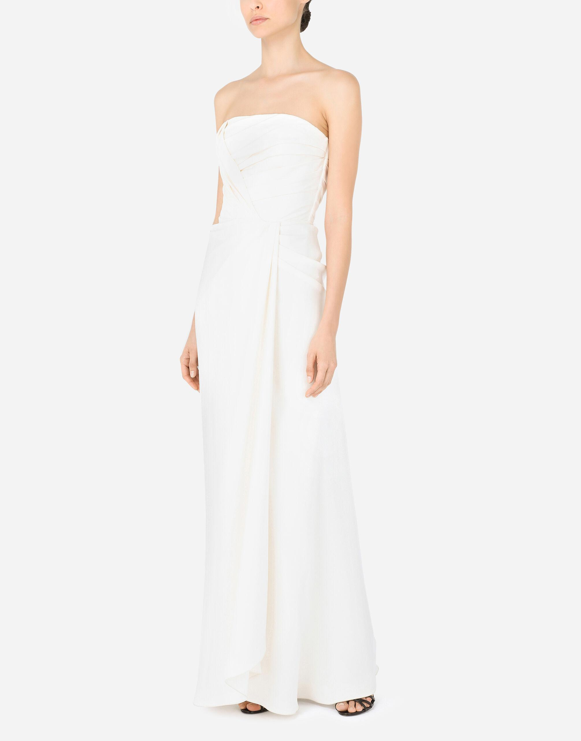 Long sable dress with side slit 2