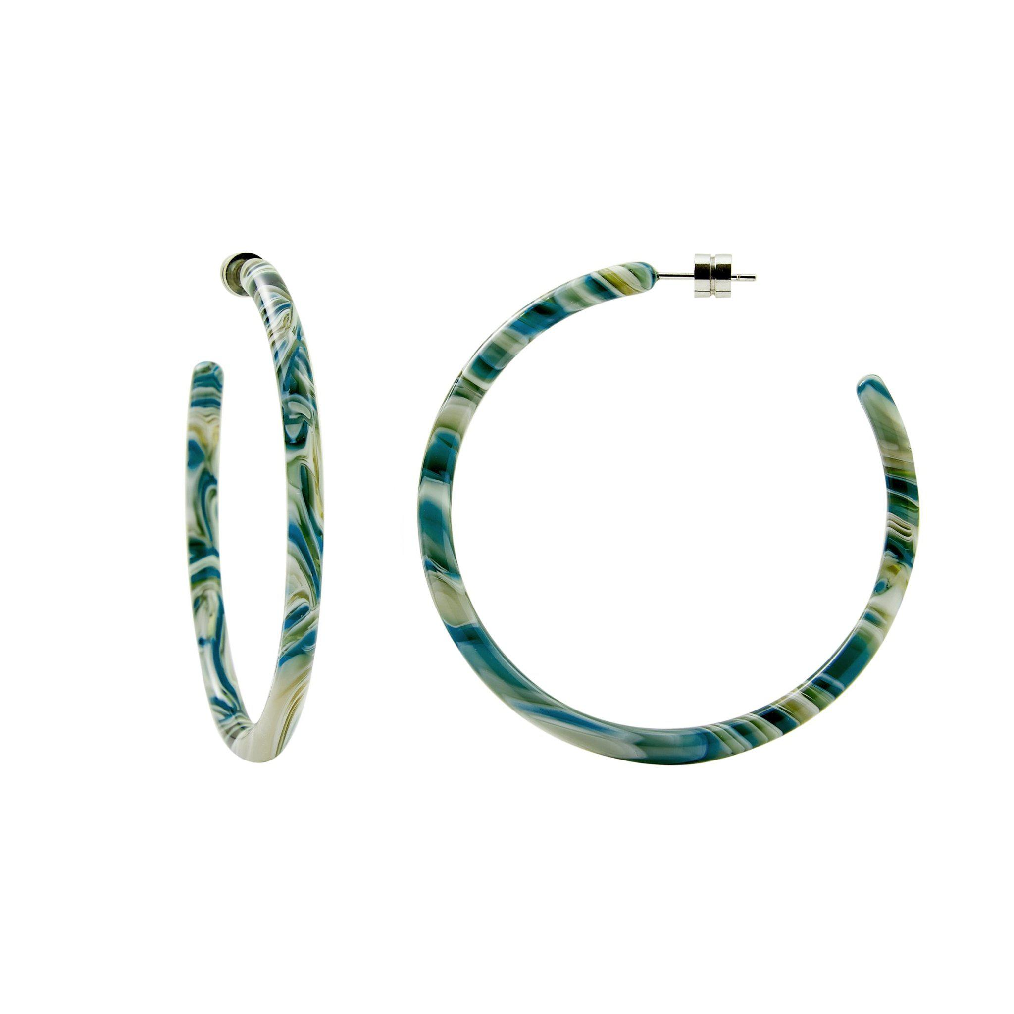 Large Hoops in Stromanthe