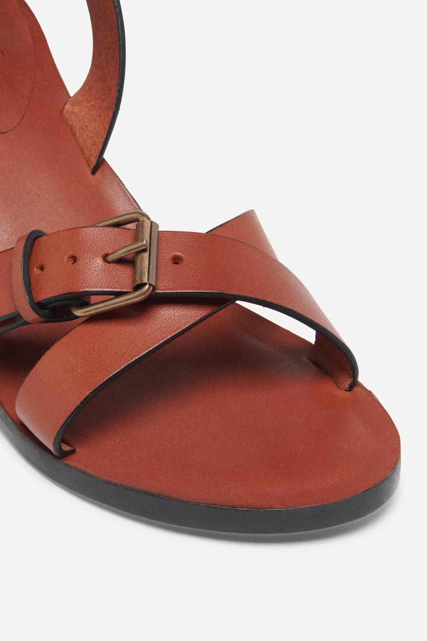 cathalya.LEATHER SANDALS WITH HEEL 1