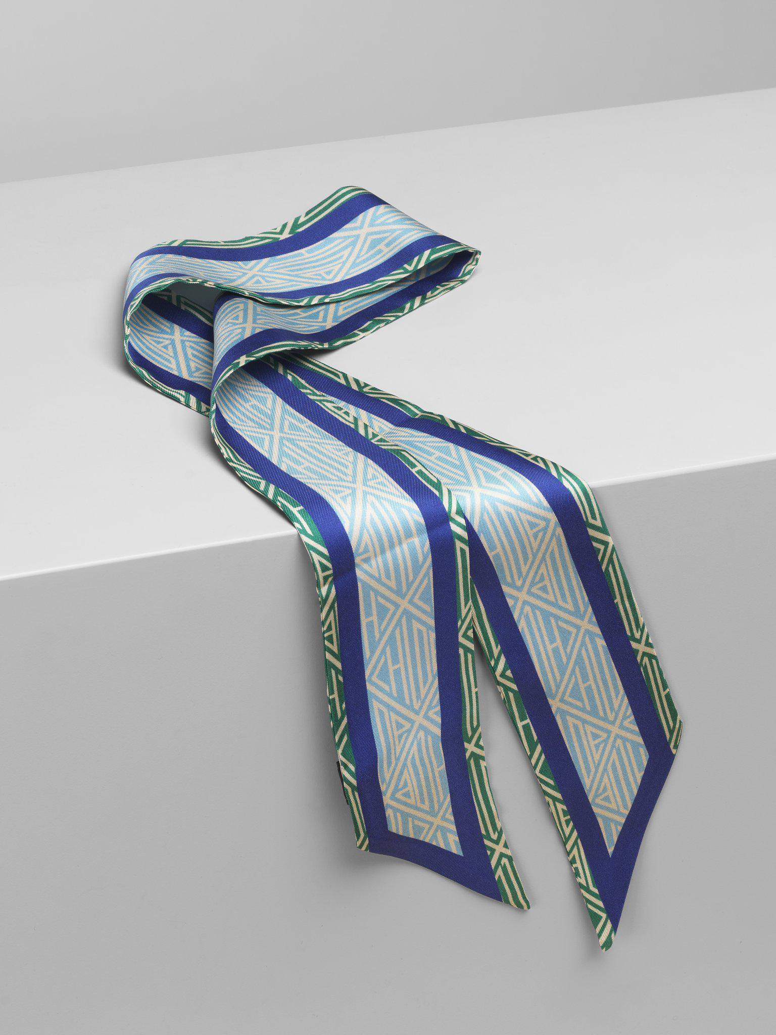CHARLIE SCARF ACCESSORY