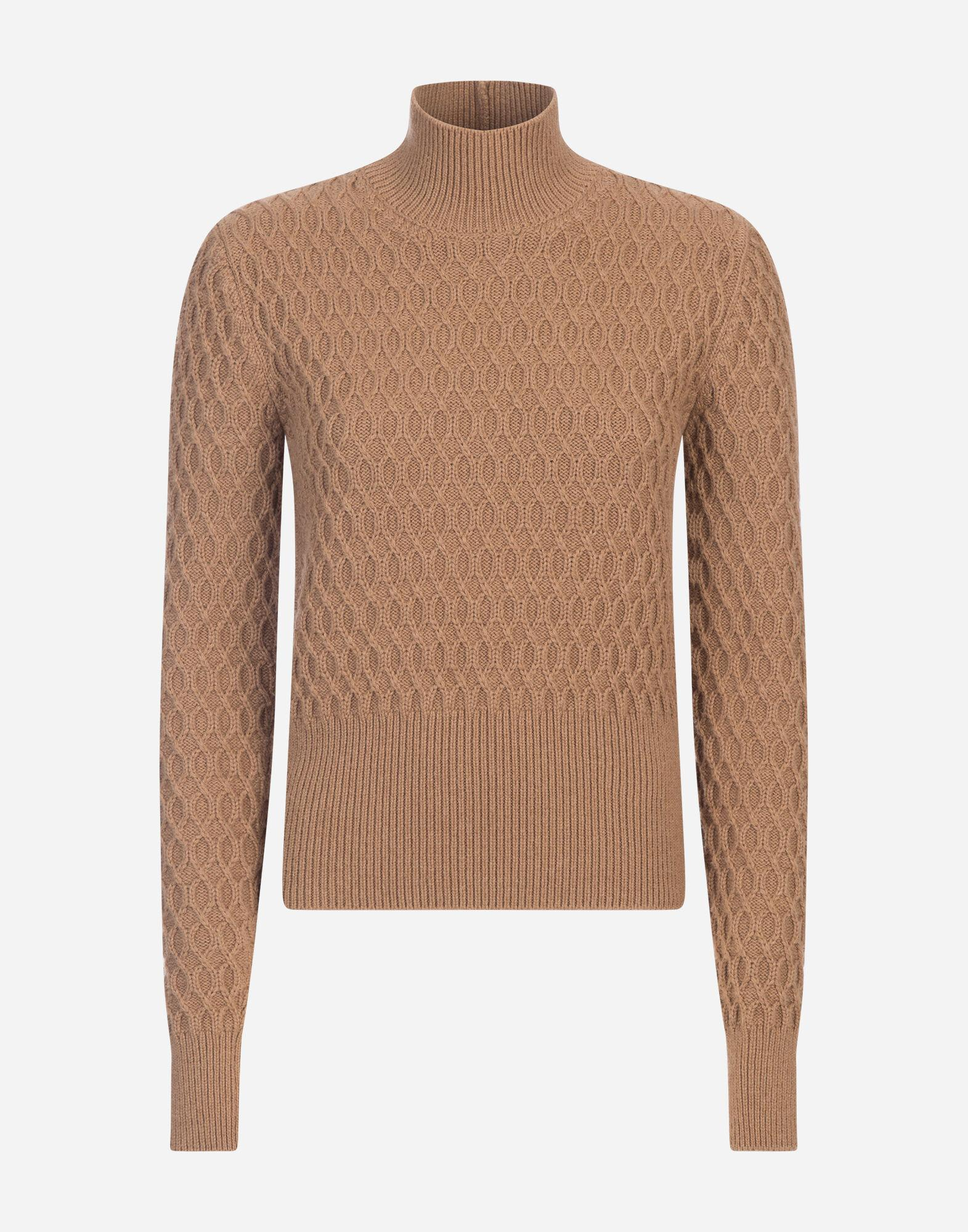 High-neck sweater in camel with rhombus stitch 4