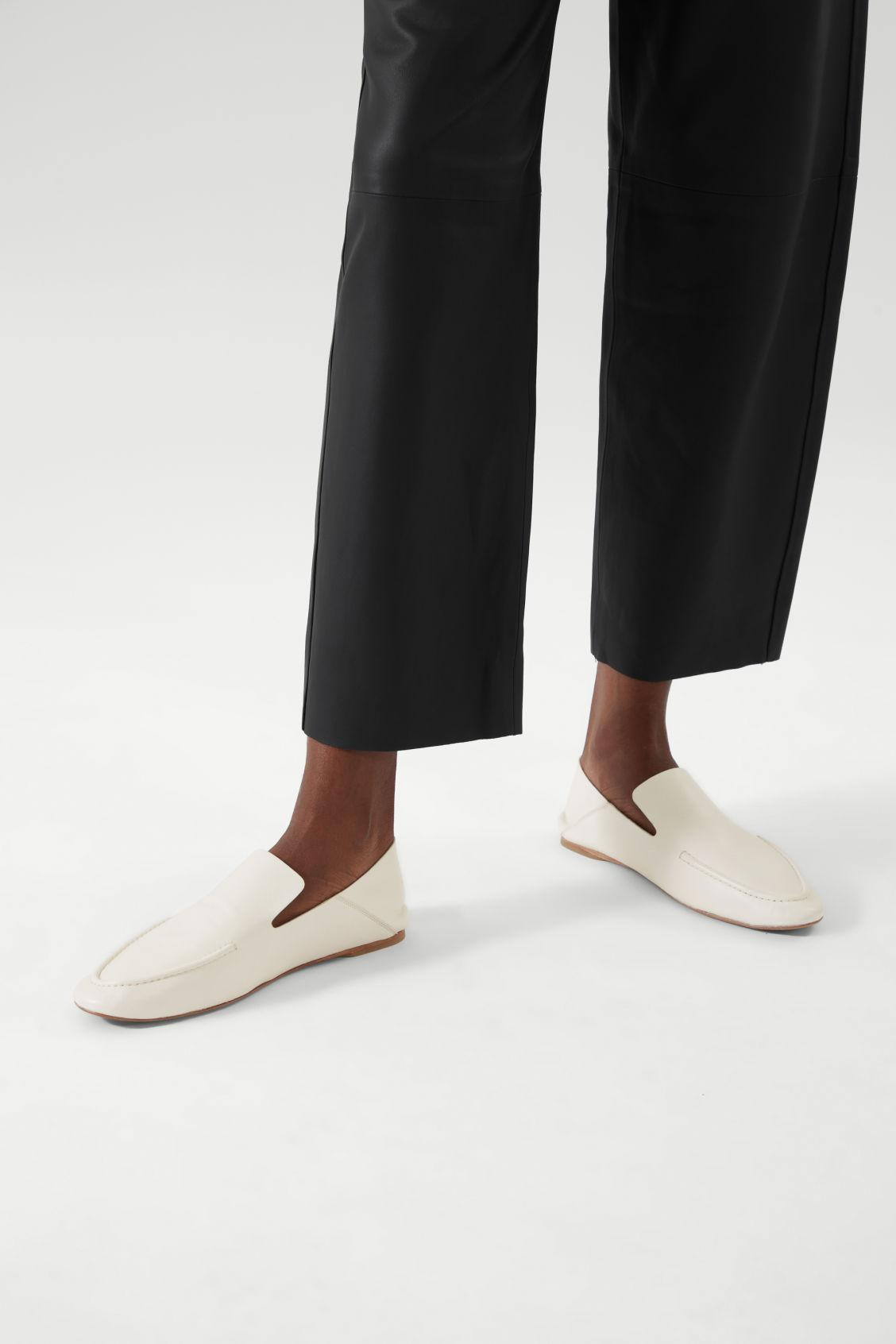 LEATHER LOAFERS 4