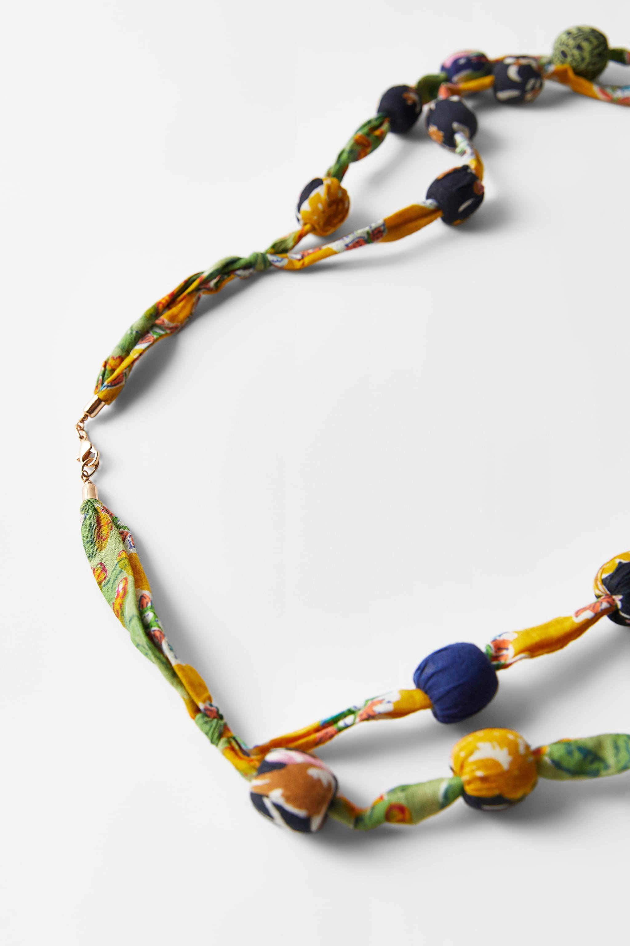 LONG BEADED NECKLACE 3
