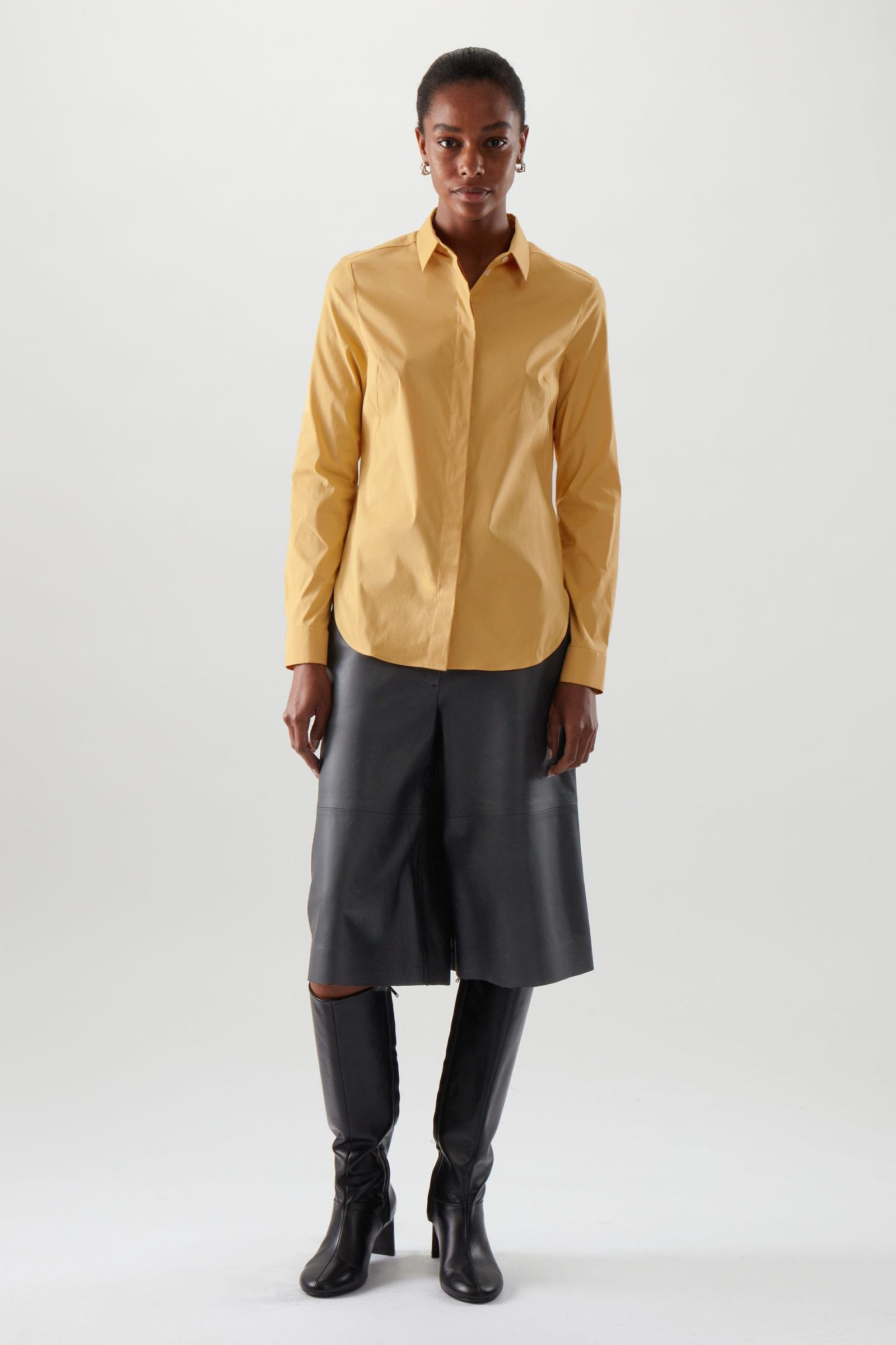 SLIM FITTED SHIRT 1