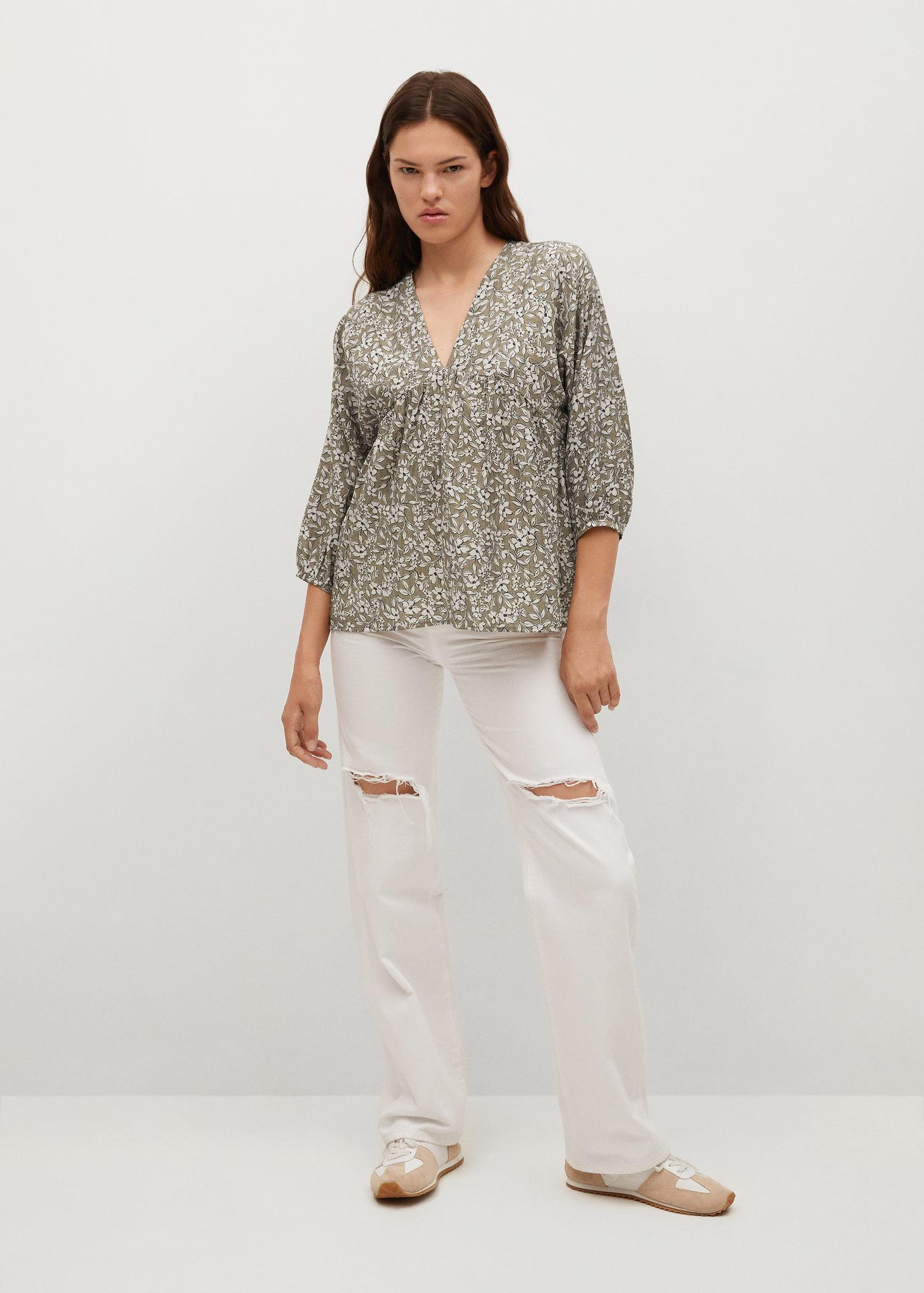 Pleated details blouse 1