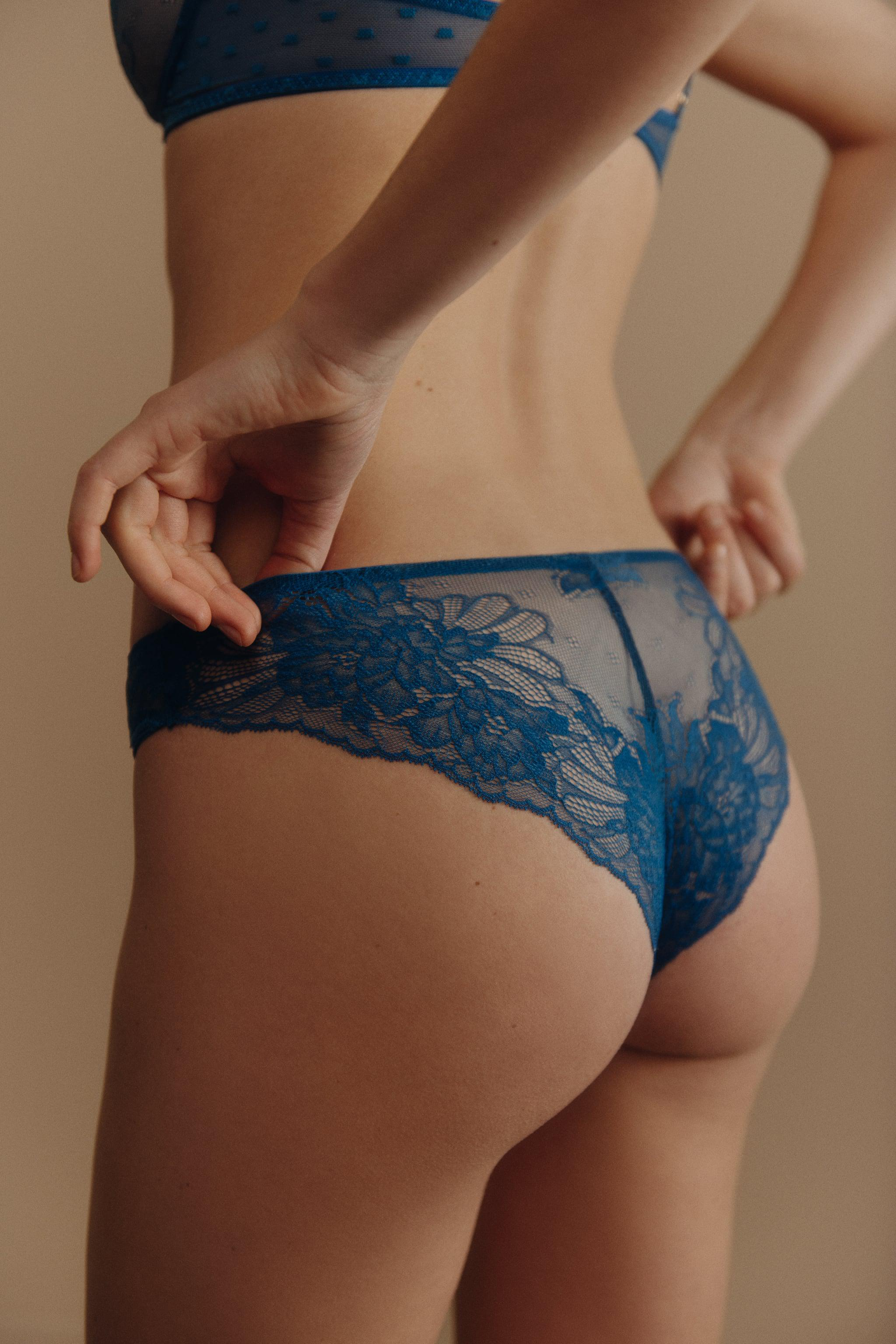 DOTTED MESH LACE PANTIES