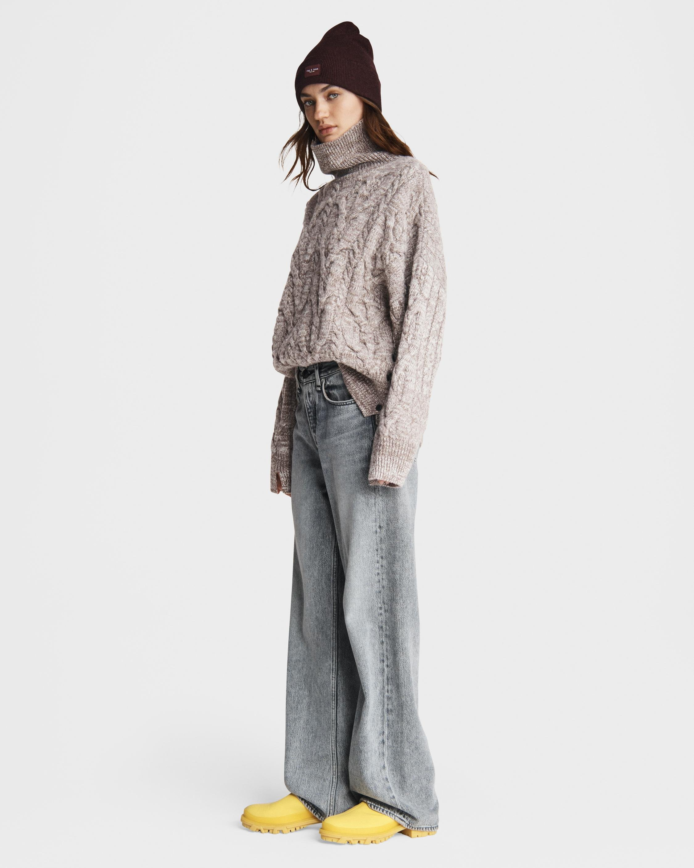 Nora cable wool turtleneck 2