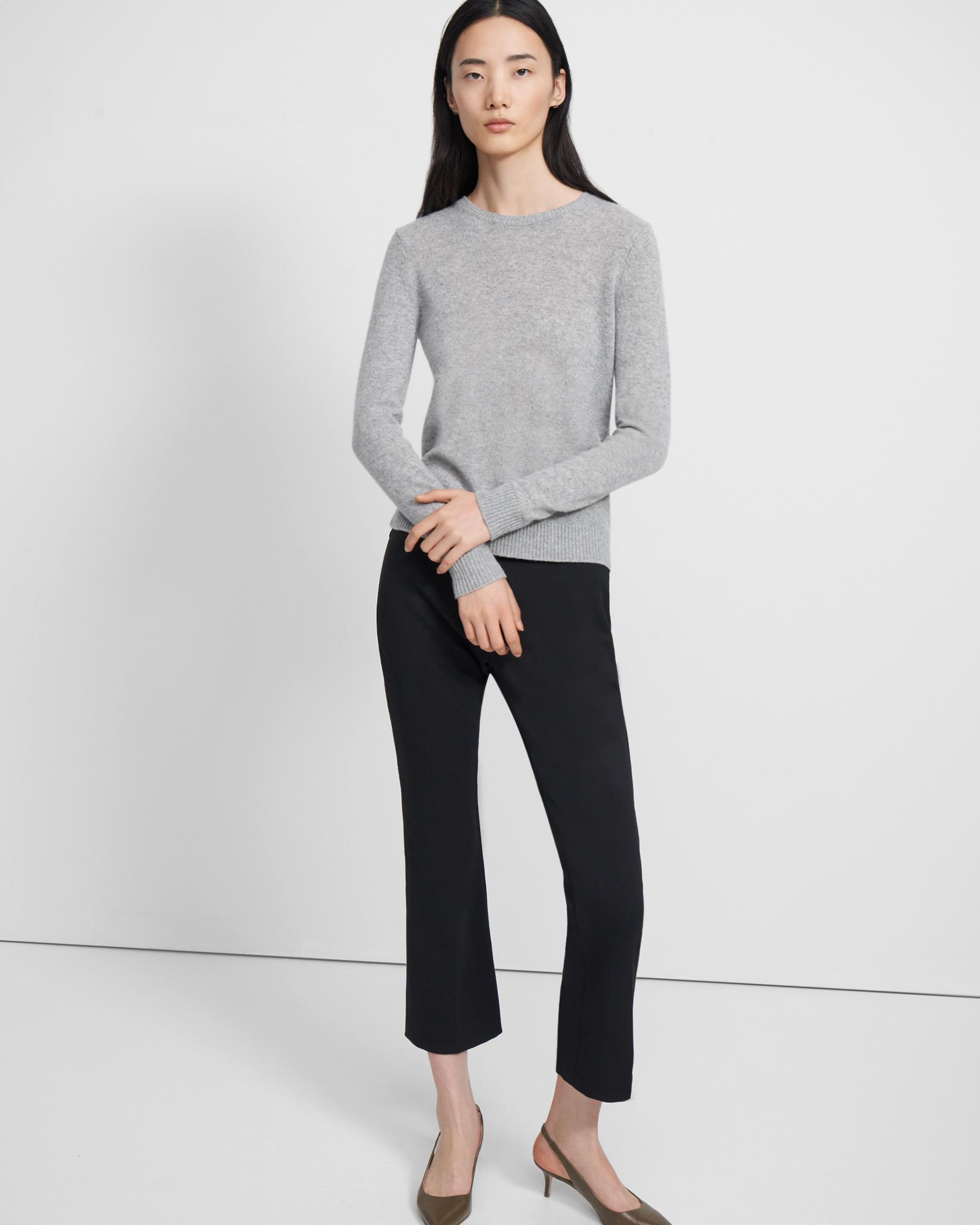 Crewneck Sweater in Feather Cashmere 3