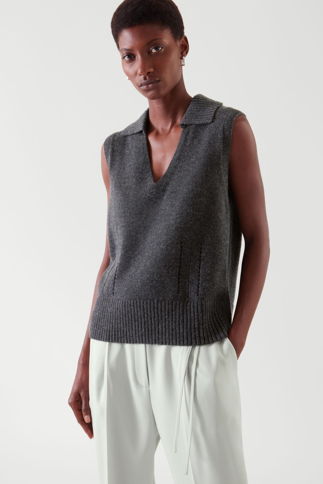 KNITTED COLLAR VEST