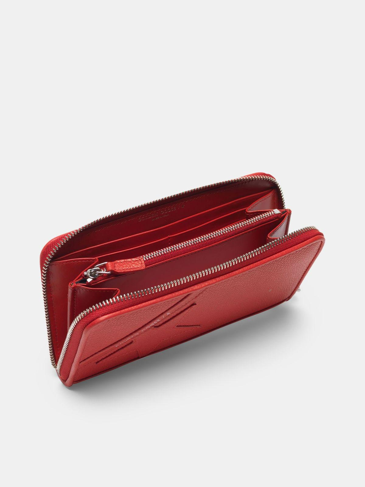 Large red Star Wallet 3