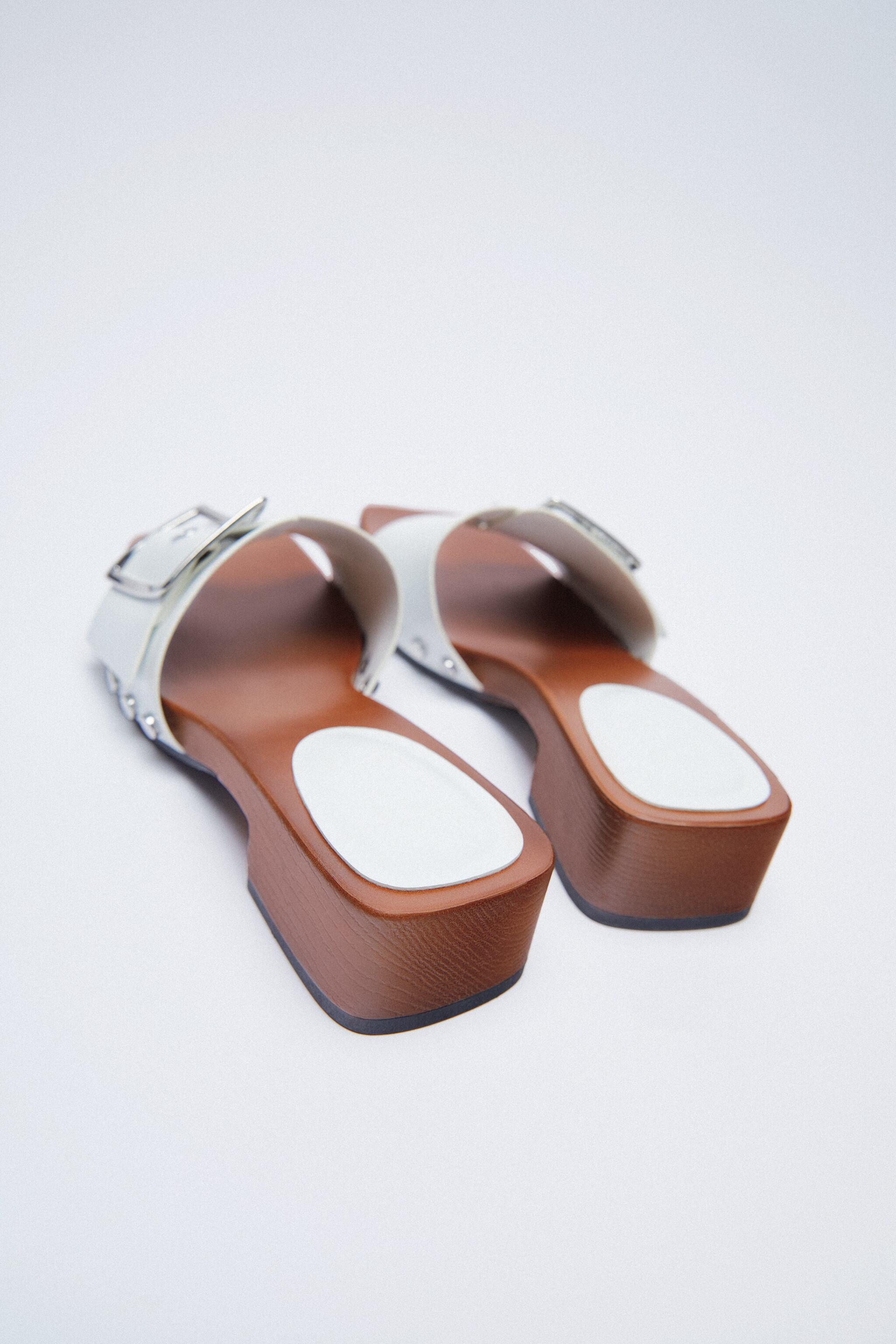 HEELED SANDALS WITH BUCKLE 4
