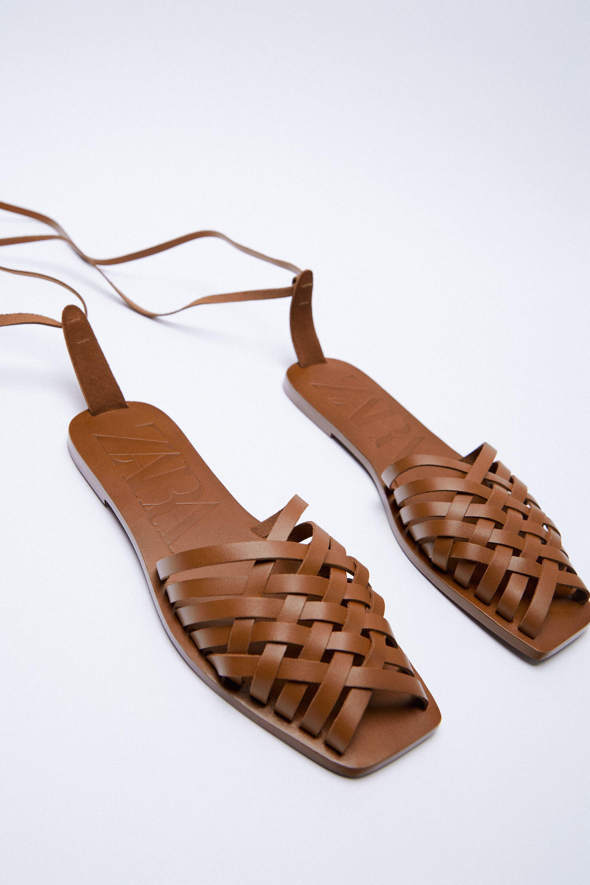TIED FLAT LEATHER SANDALS 2