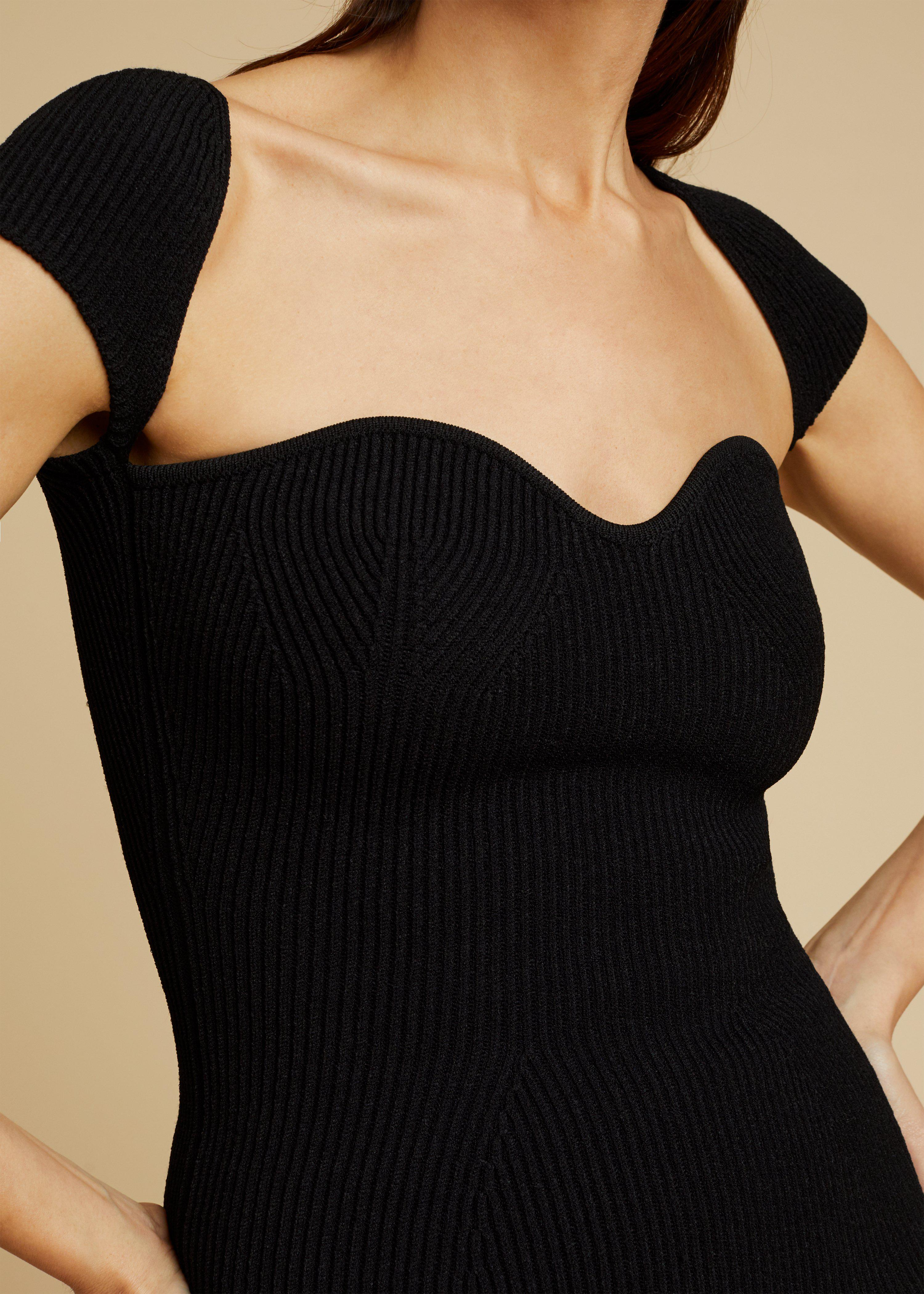 The Ista Top in Black 4