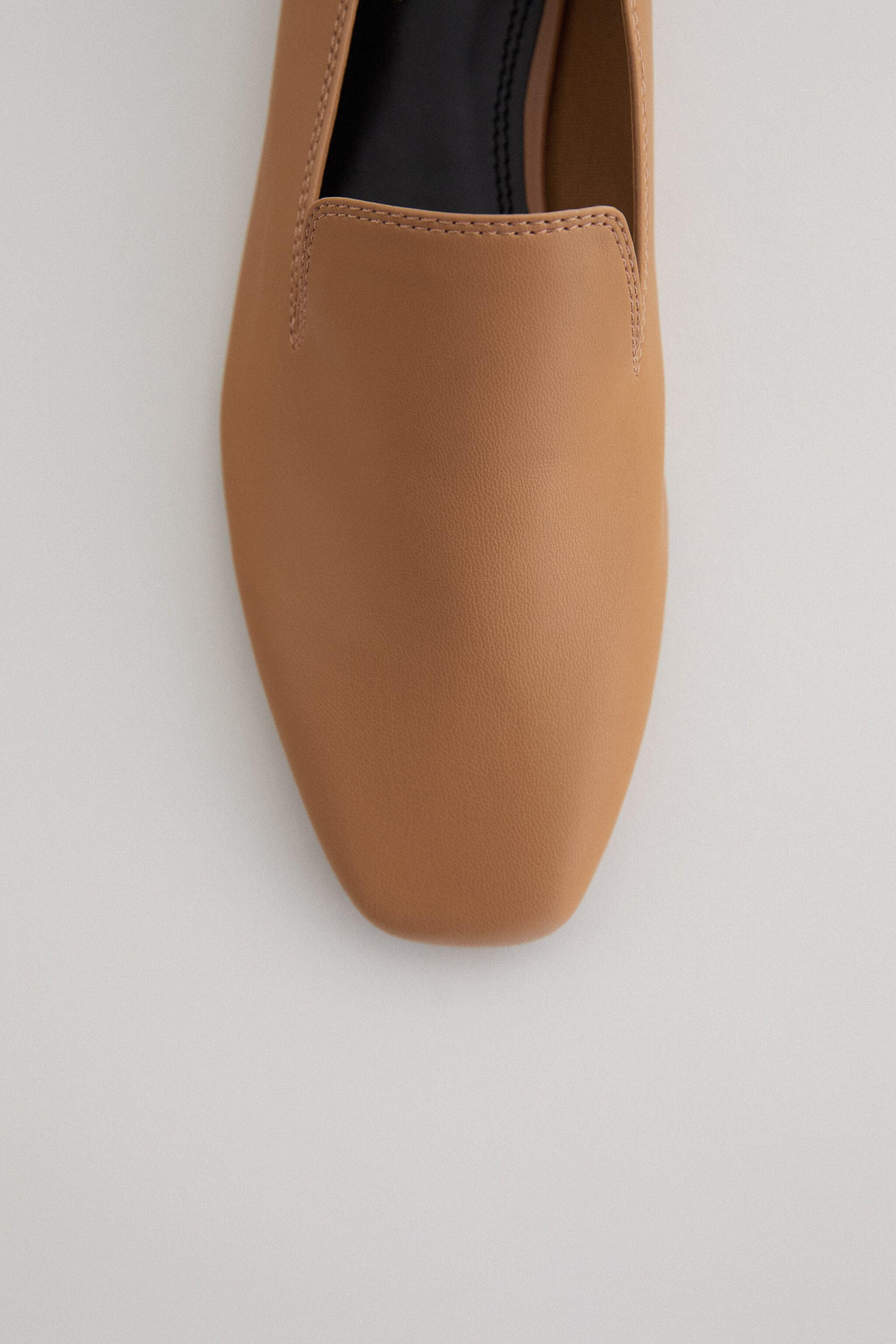 SQUARE TOE LOAFERS 4
