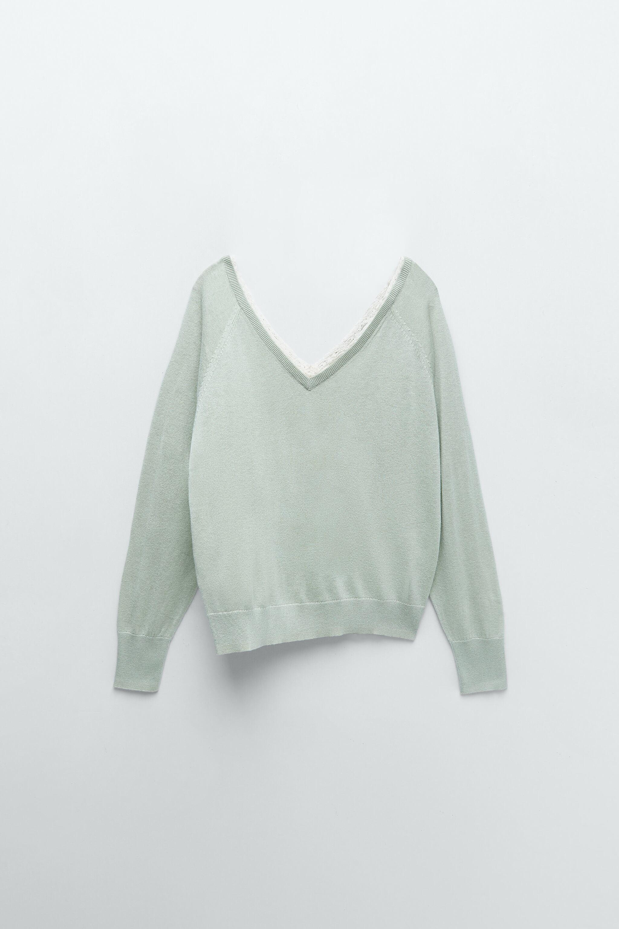 COMBINATION KNIT SWEATER 8